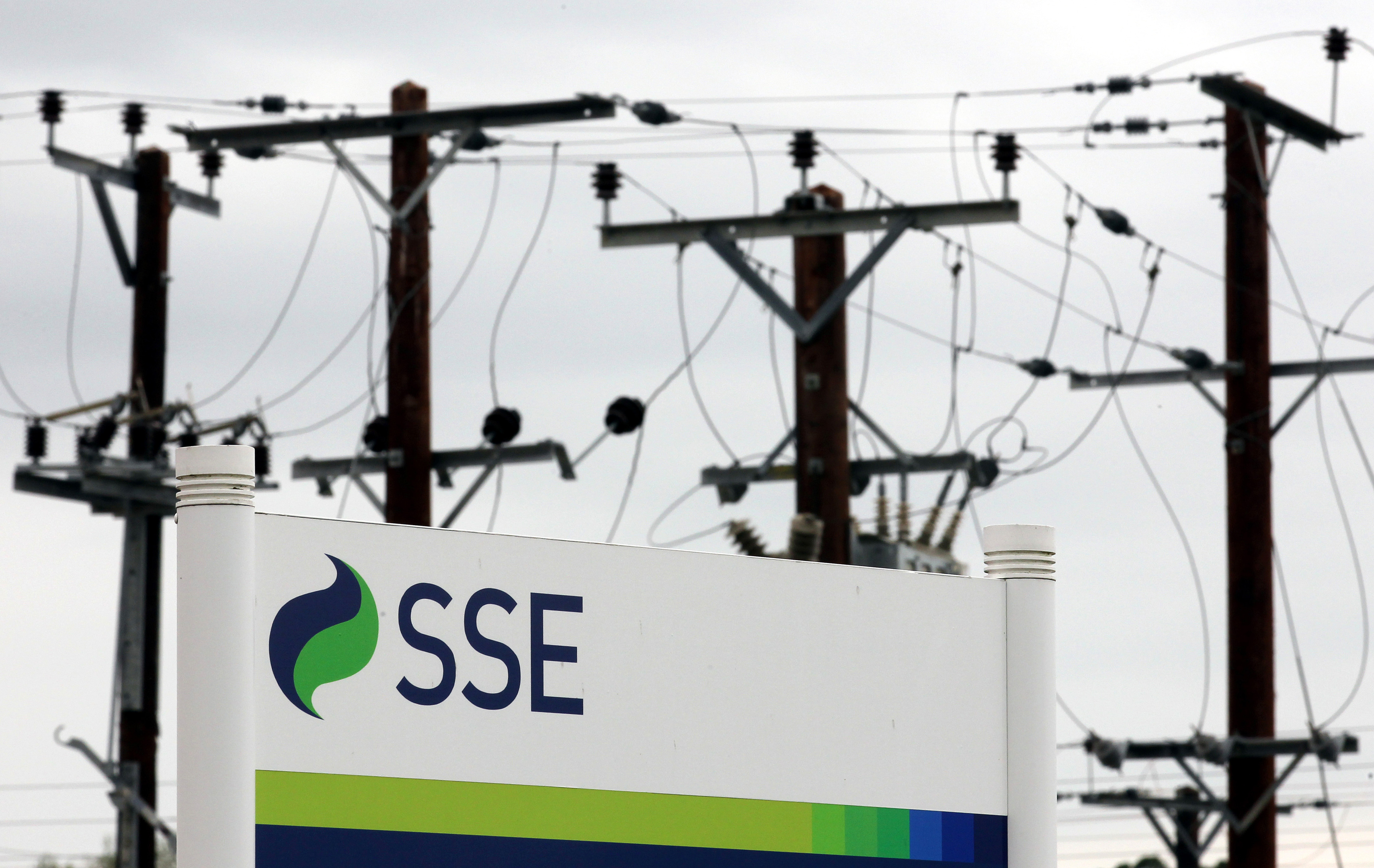 Utility company SSE is cutting jobs at its  Carse of Gowrie depot.