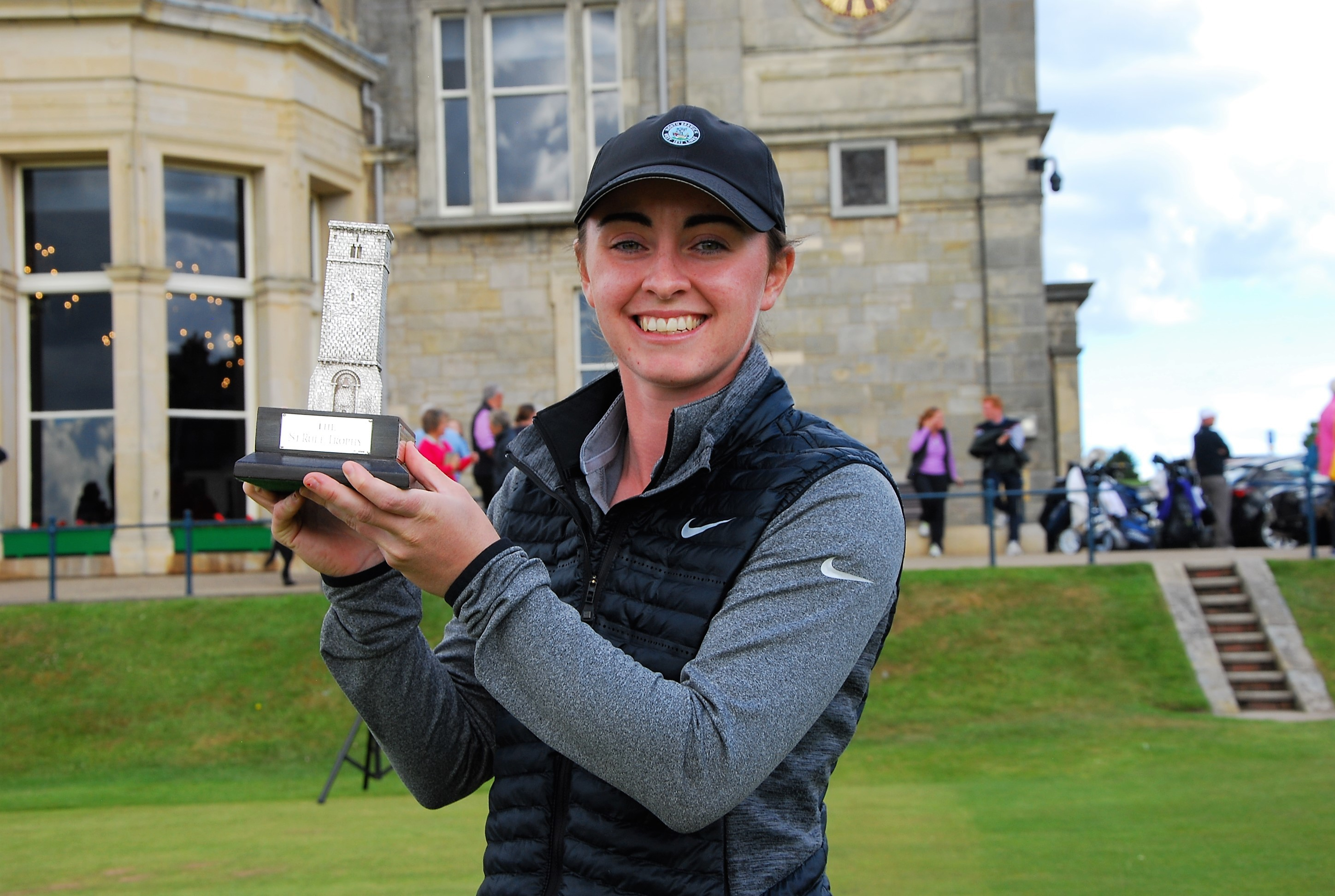 Clara Young won the St Rule Trophy at St Andrews on Sunday.