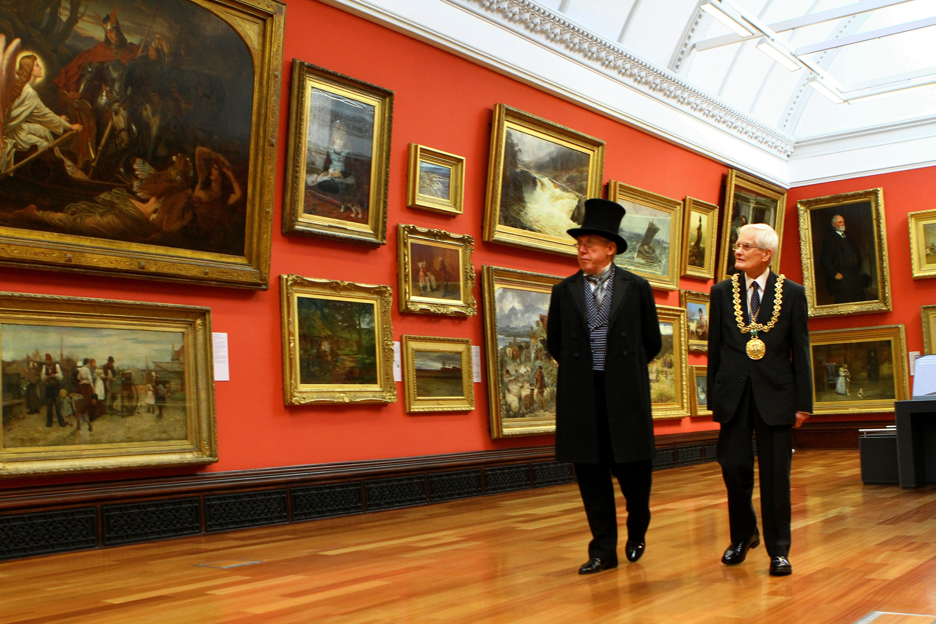 Provost Parker aka Ged Ryan with Lord Provost Ian Borthwick at the museum