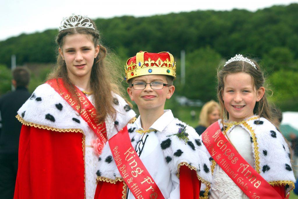Gala Queen Jennifer O'Neill, Gala King Fraser Cranston and Gala Duchess Anna Birrell.