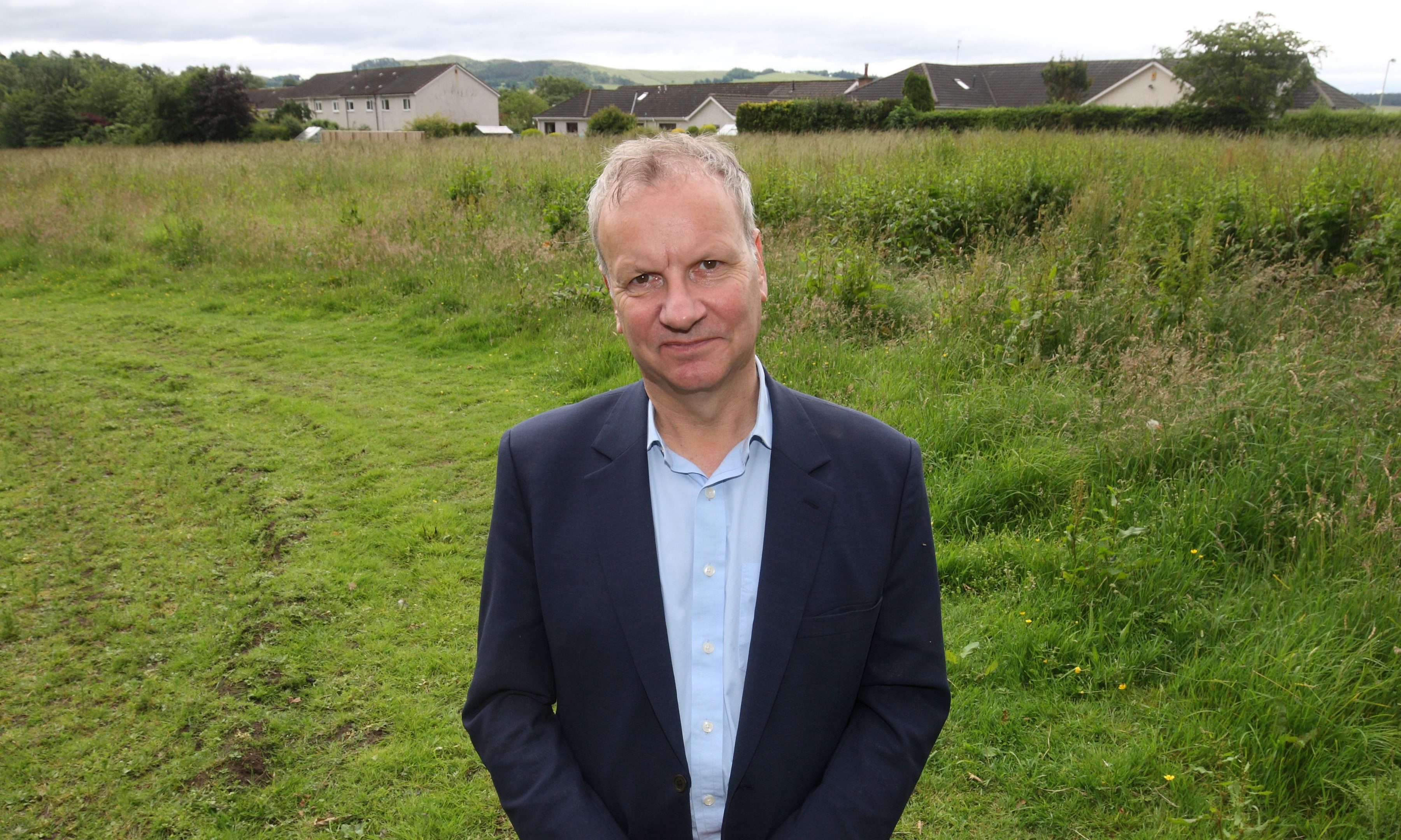 Pete Wishart at the Scone North site.