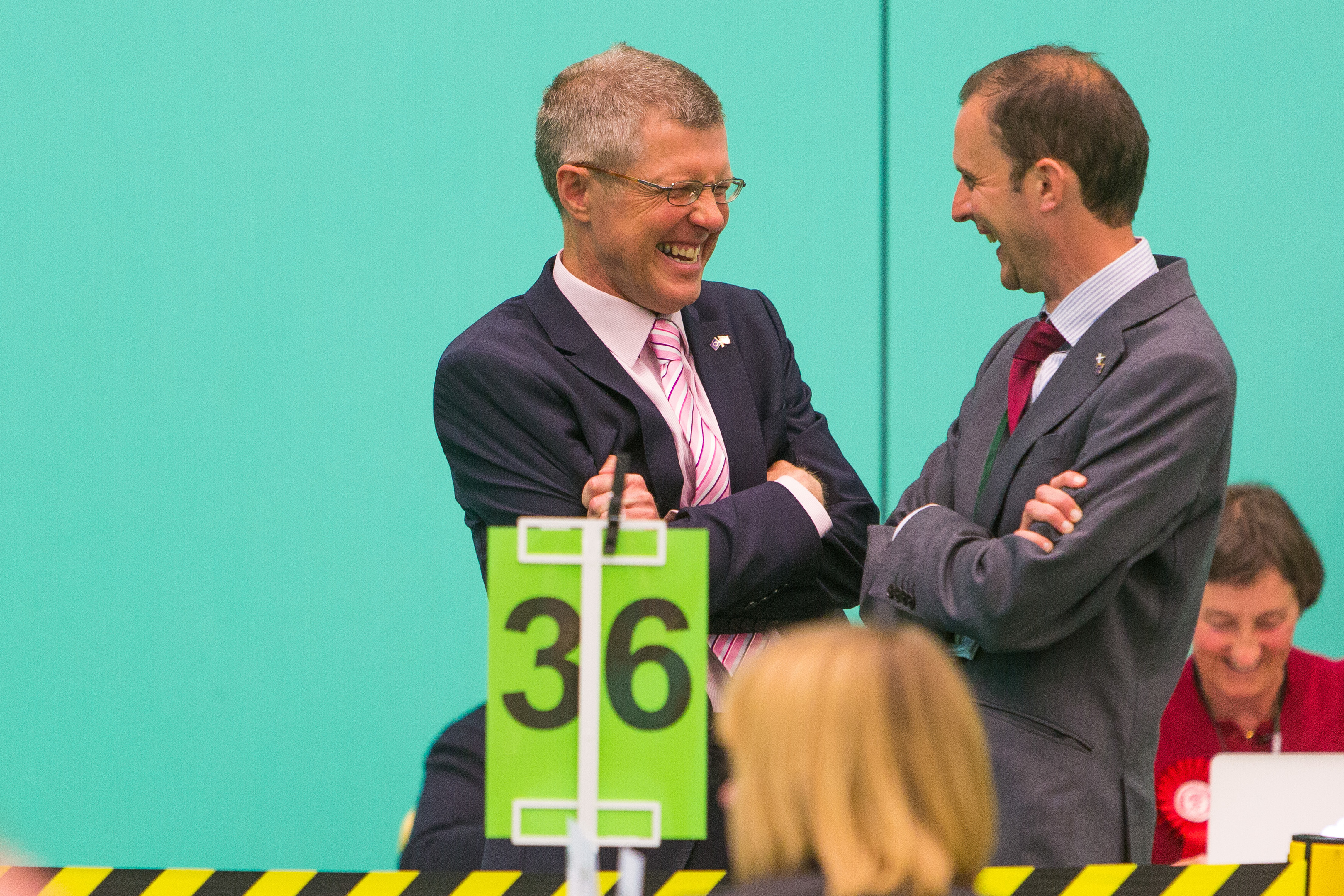 Willie Rennie (Lib Dem) shares a joke with Stephen Gethins (SNP) despite the tension at the count at the Michael Woods Centre in Glenrothes.