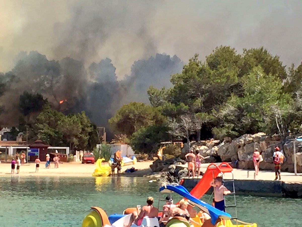 The fire in Ibiza. Credit: Martin Makepeace (@ShaggyIbiza).