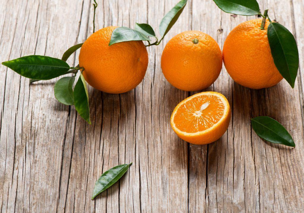 Organic Oranges, close up