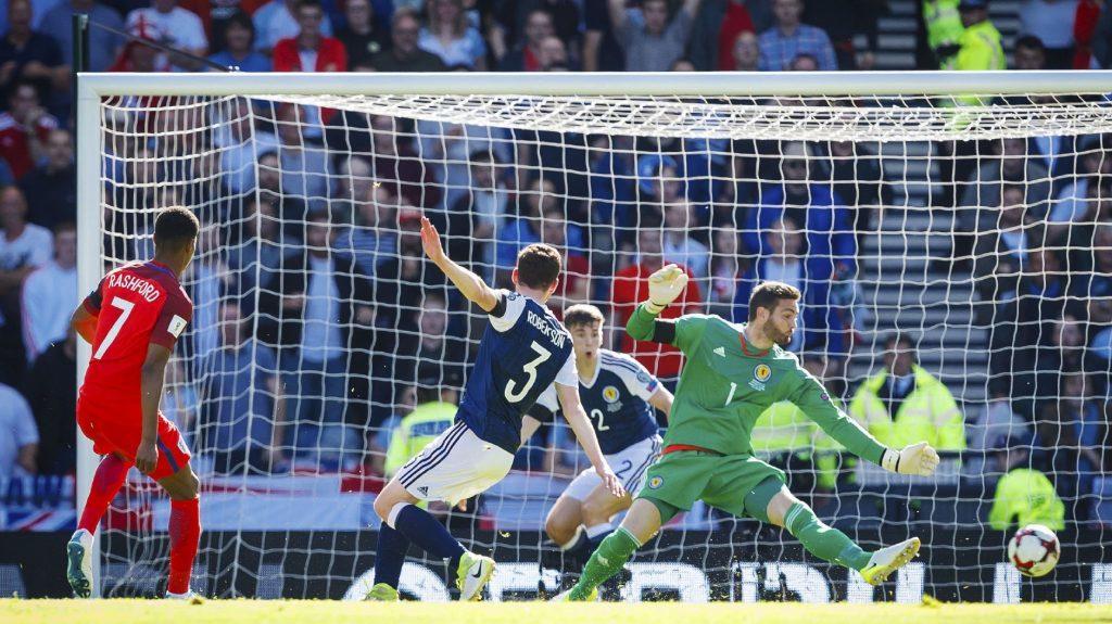 10/06/17 WORLD CUP QUALIFIER SCOTLAND V ENGLAND HAMPDEN PARK - GLASGOW England's Marcus Rashford comes close with a chance