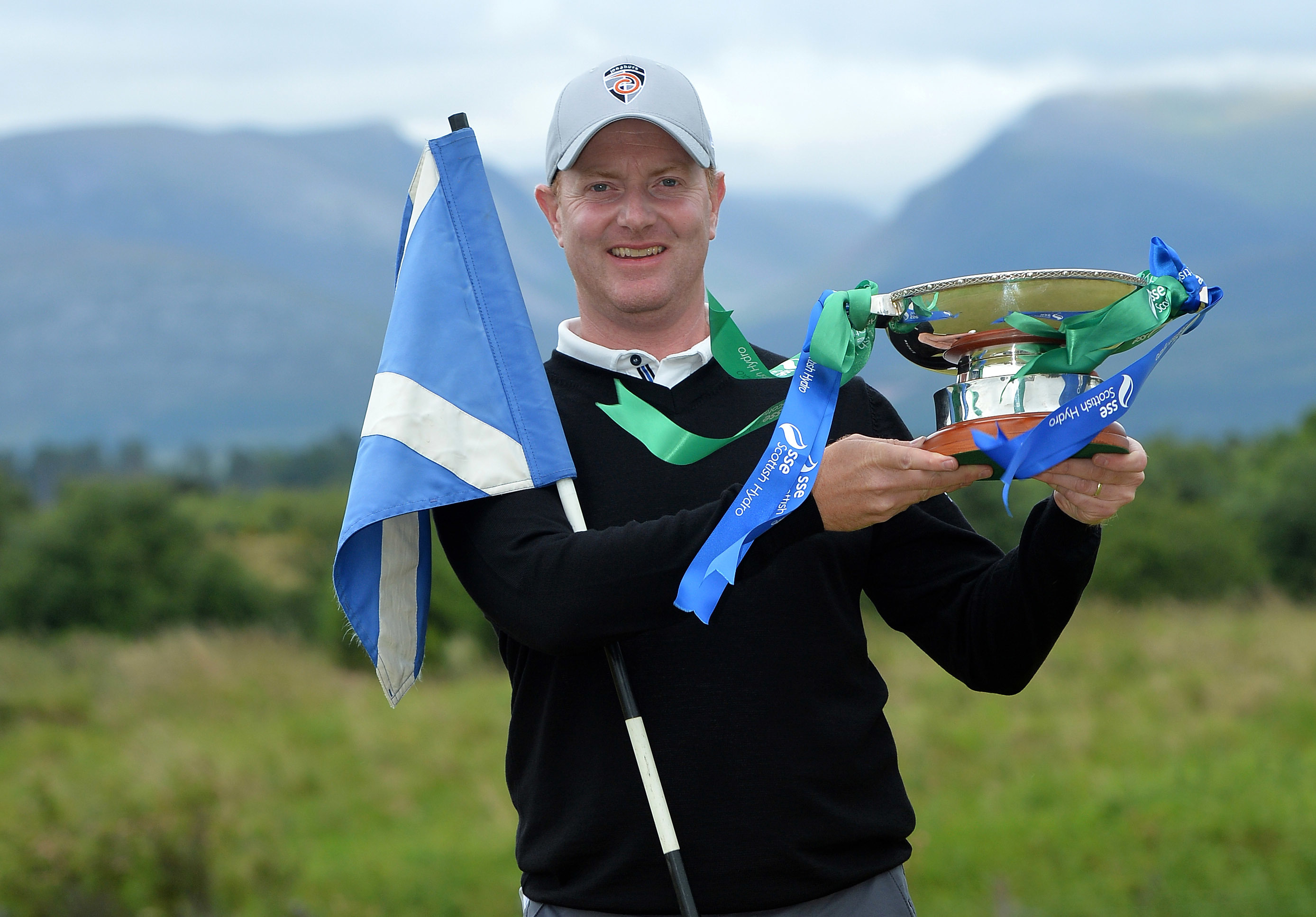 Richard McEvoy with the trophy after  winning the 2017 SSE Scottish Hydro Challenge.