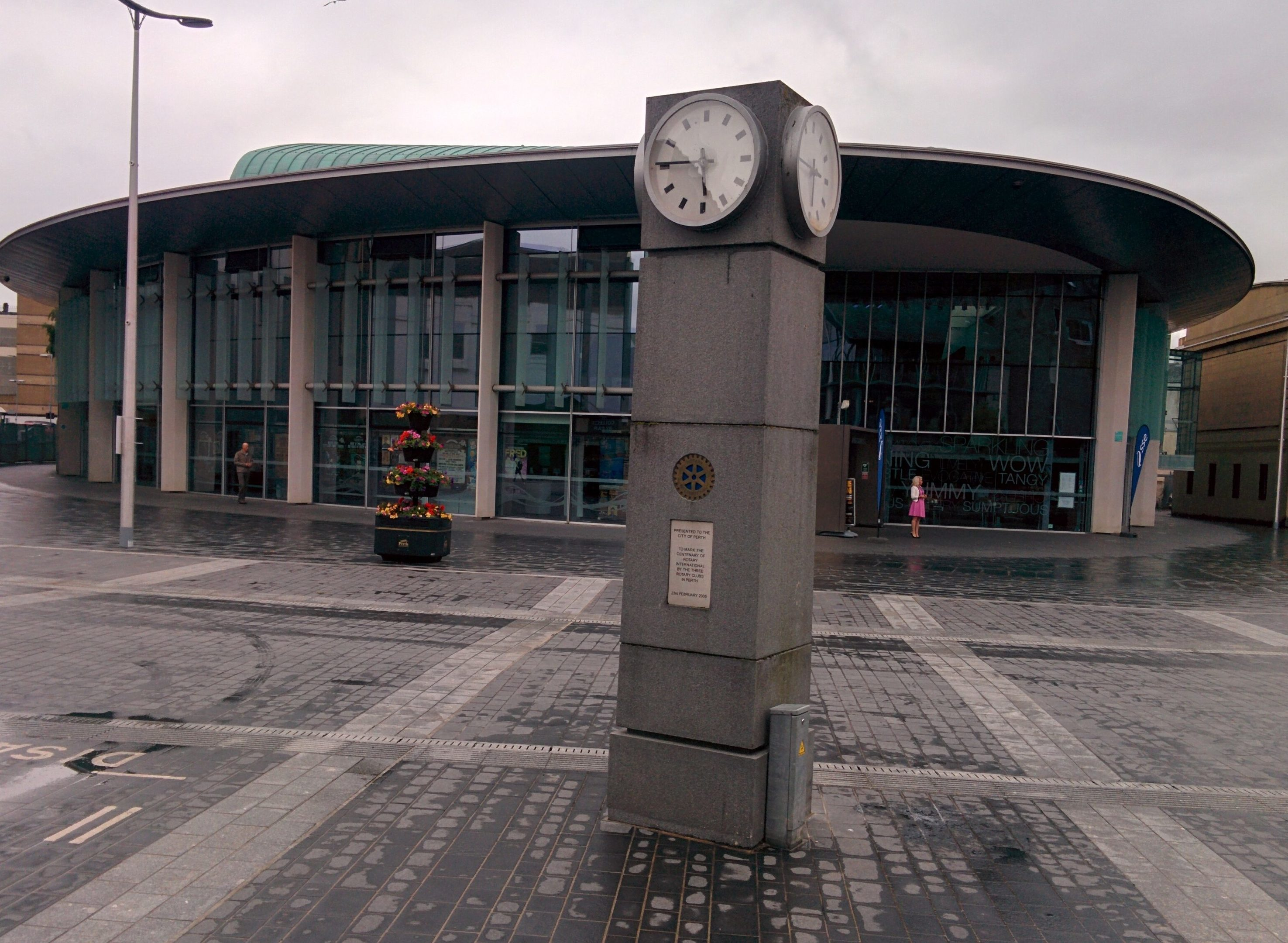 The broken clock with Perth Concert Hall behind.