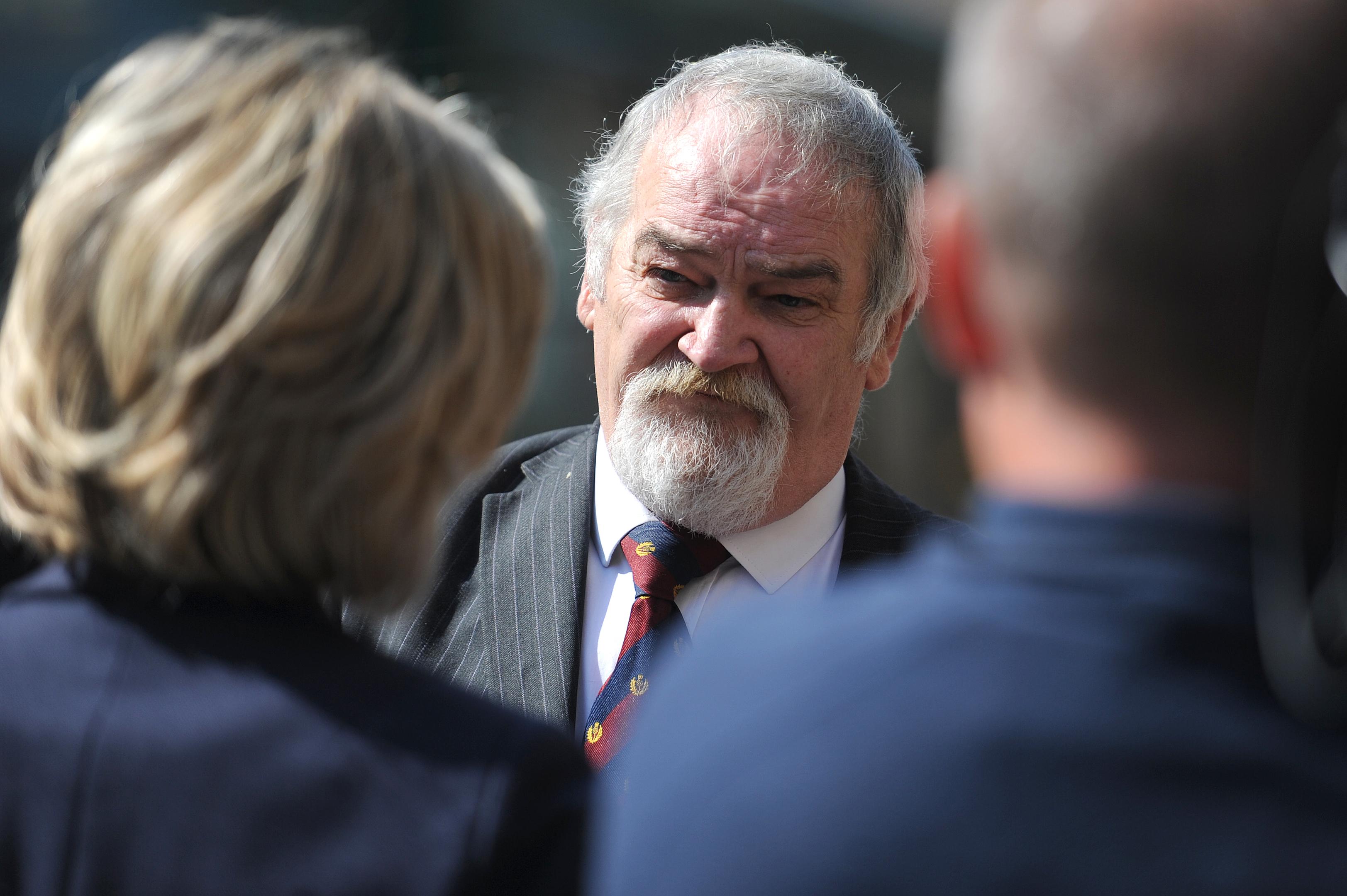 Les Mason speaks outside Dundee Sheriff Court.
