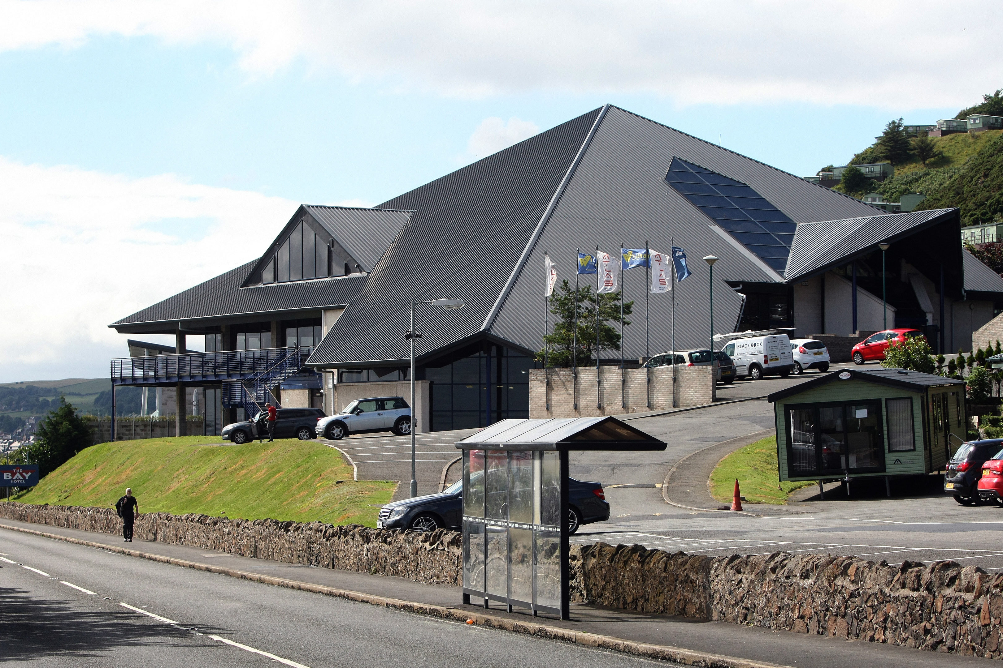 Pettycur Bay Holiday Park and Bay Hotel complex.