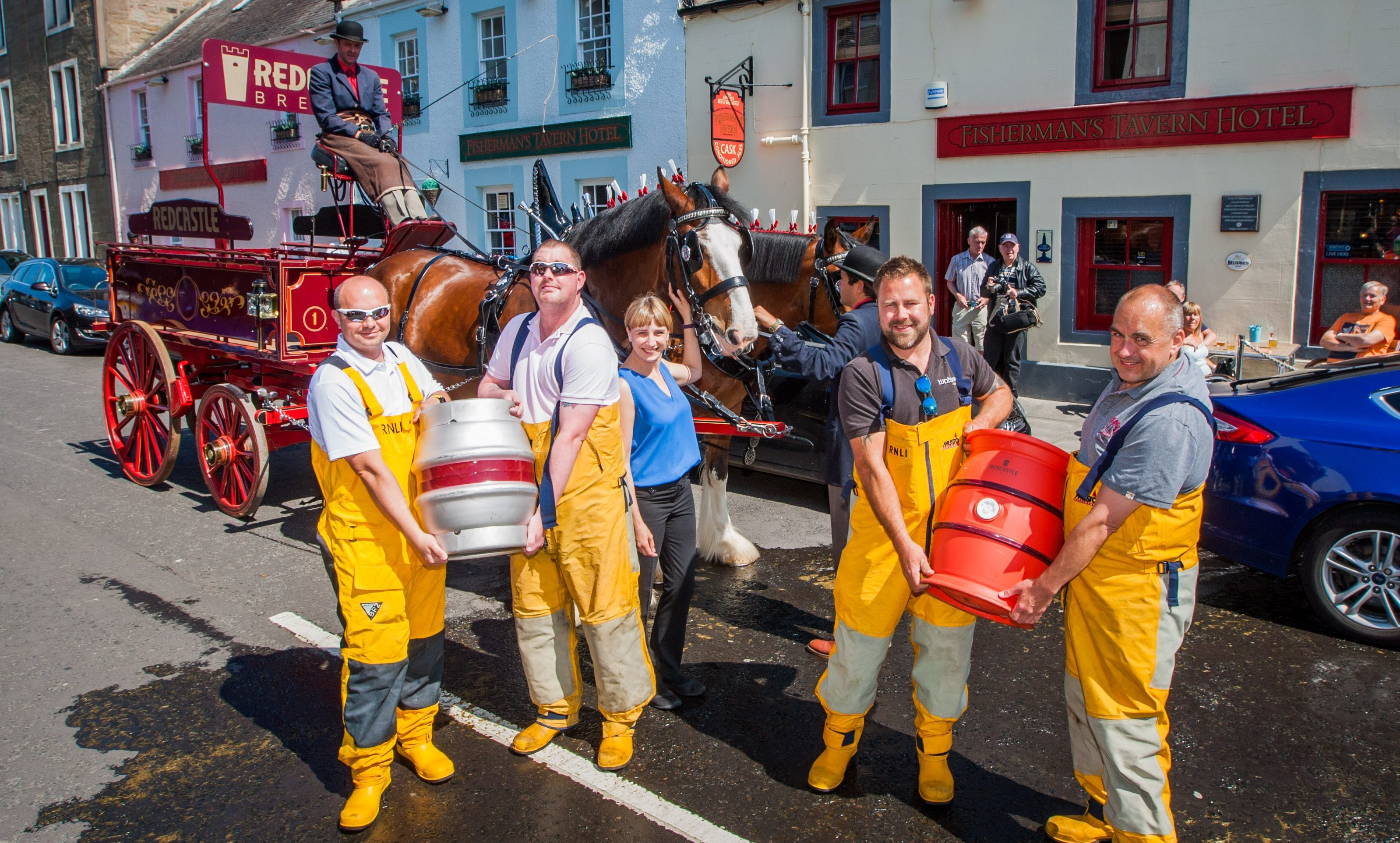 Fisherman's Tavern manager Halina McAllister (centre) with (from left) Kris Stuart, Billy Brannan, Kenny Watson and Murray Brown (Broughty Ferry Lifeboat RNLI crew).