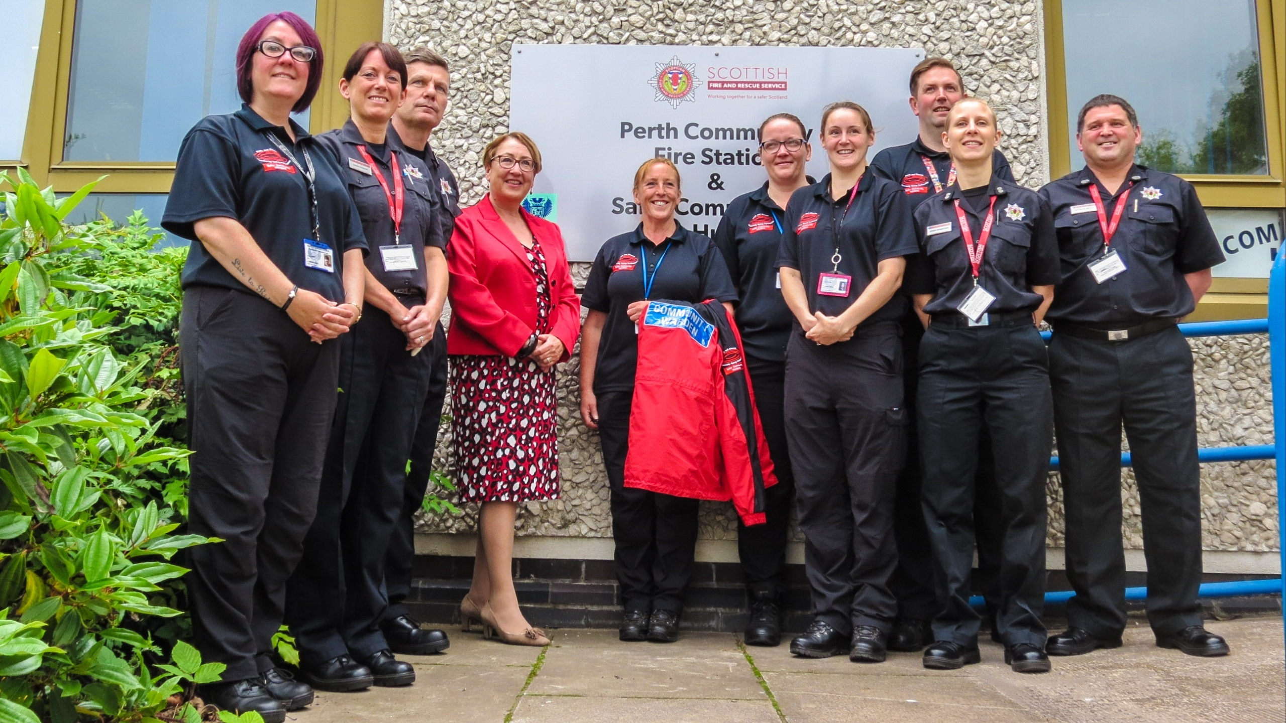 Community Safety Minister Annabelle Ewing meets community safety wardens and firefighters at Perth Community Fire Station.