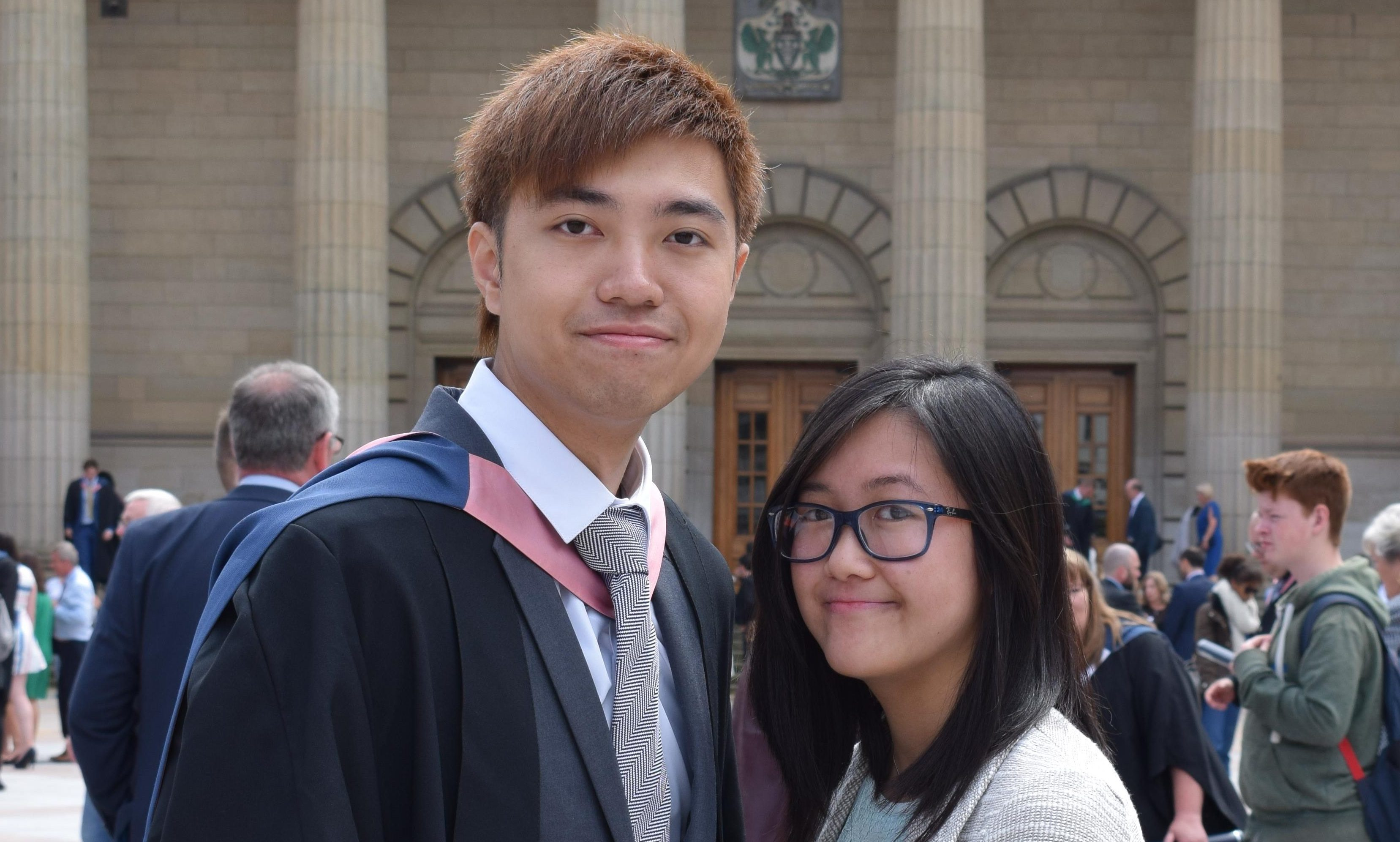 Abertay student Kenny Mok proposed to girlfriend May Wan.