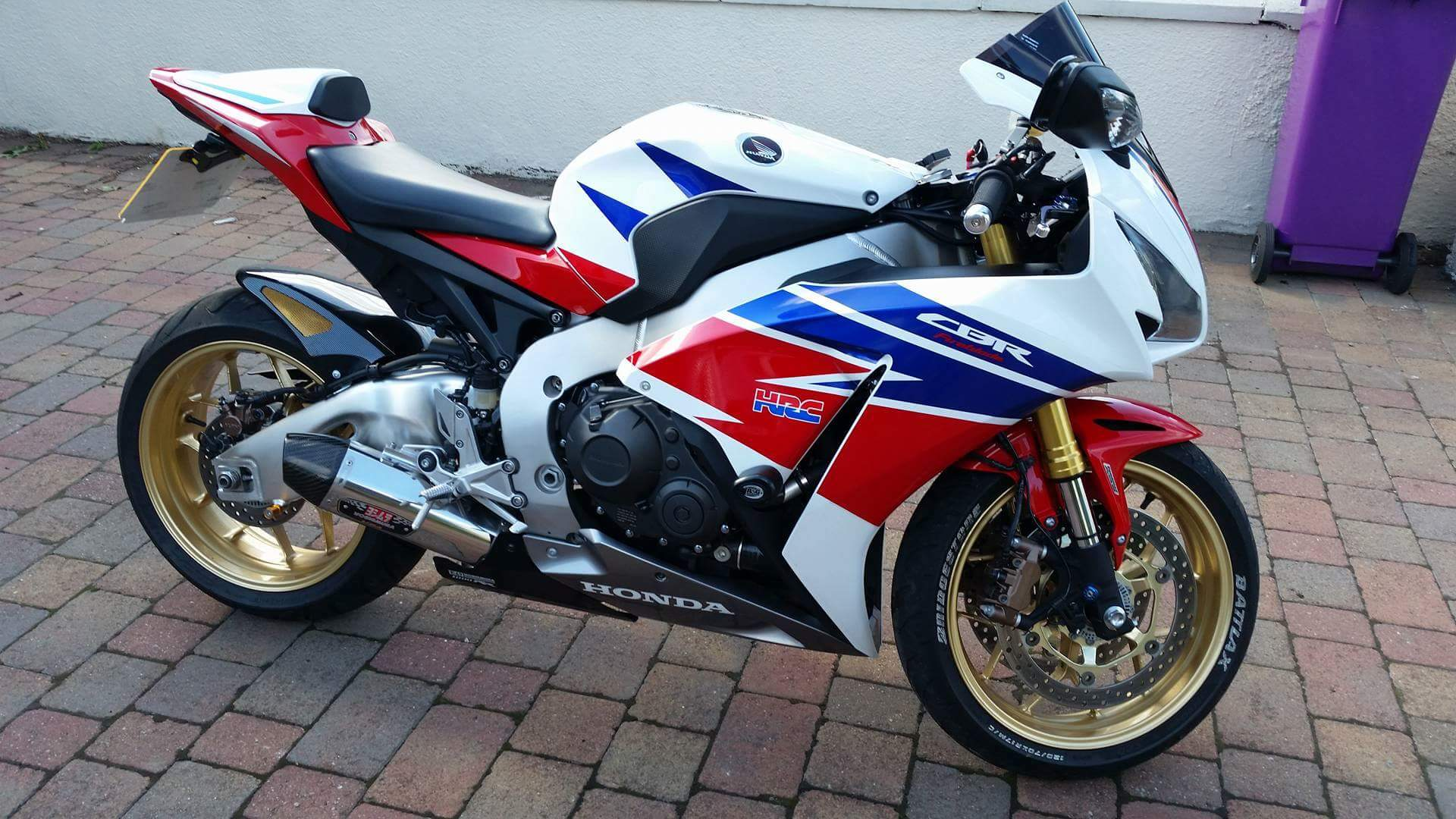 This gold-wheeled Honda Fireblade was among two motorbikes stolen from the house in Carnoustie