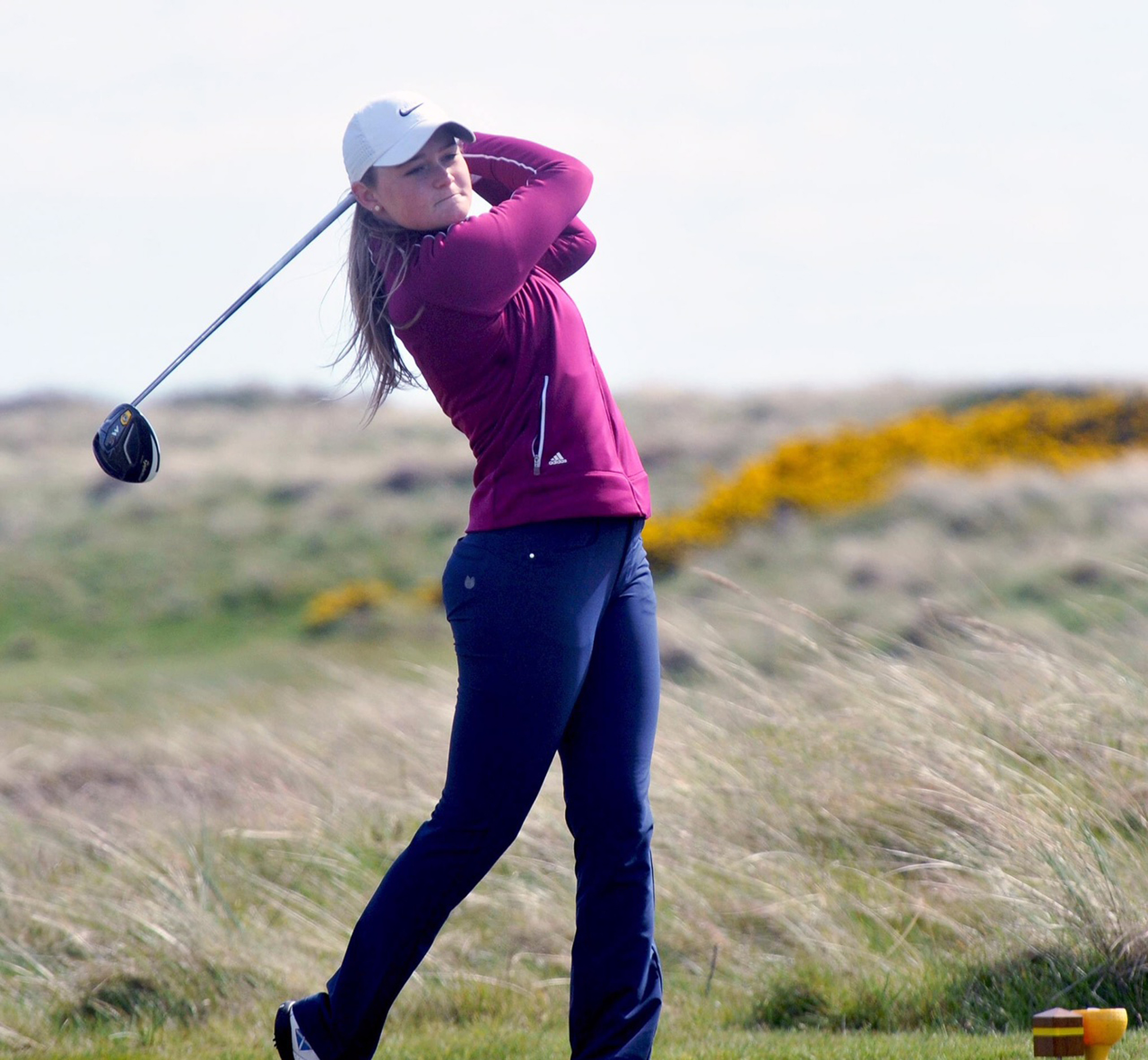 Favourite Shannon McWilliam had a hole-in-one in winning her opening matchplay tie in the Scottish Girls Championship at Scotscraig.