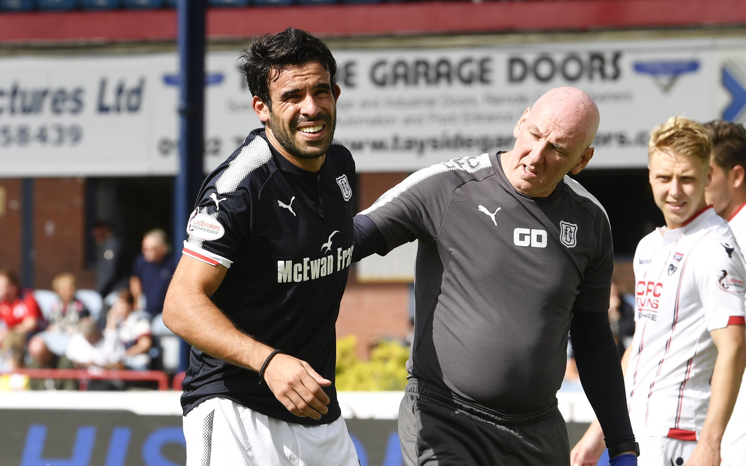 Sofien Moussa has joined Craig Wighton on the sidelines.
