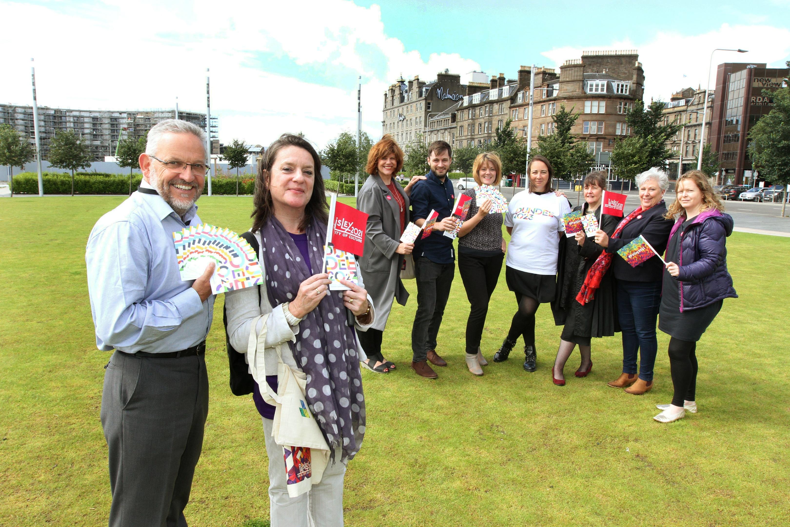 Paisley 2021 City of Culture, Creative Renfrewshire team visit Dundee. Picture shows Stewart Murdoch with Liz Gardiner  and Margaret Scott, ,Alan Clark, Gillian Easson, Anna Day, Annette Whitelaw, Lynn Rew and Morag McPherson.