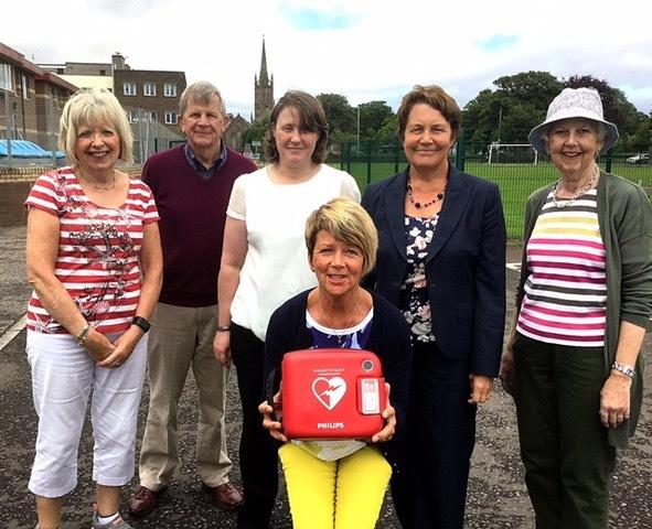 Members of the defibrillator group