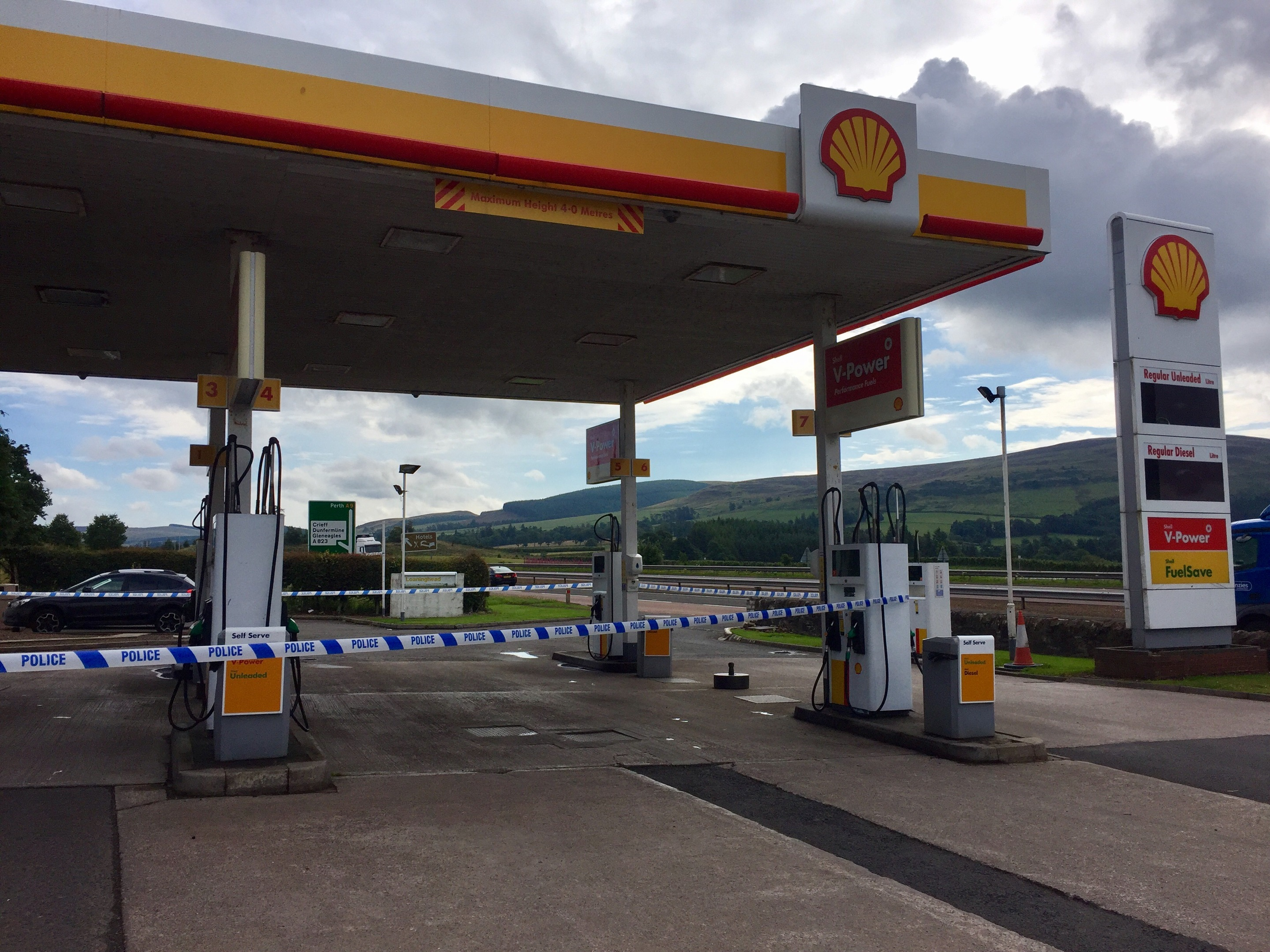 Loaninghead petrol station was broken into on Tuesday night.