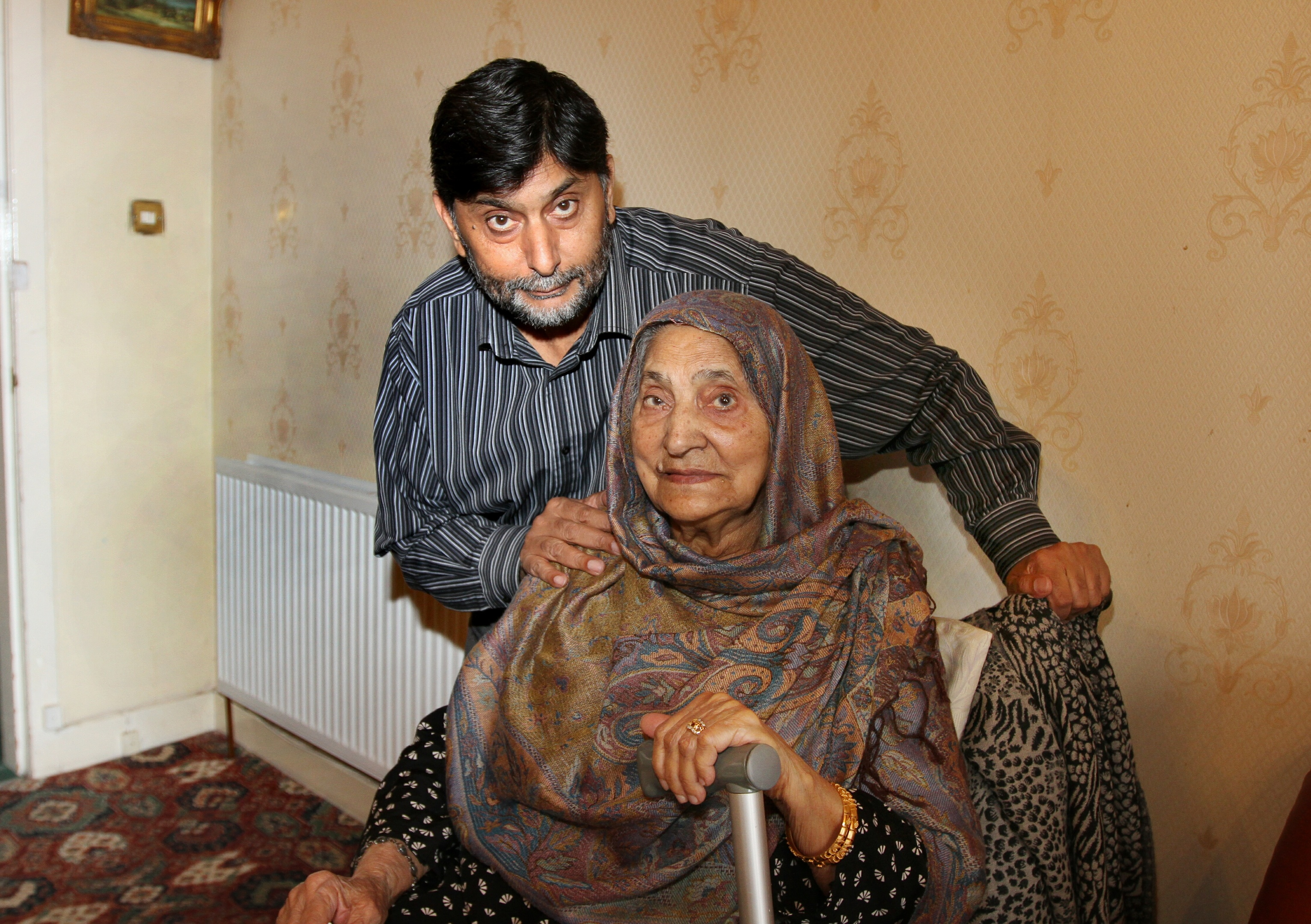 Courier Dundee News- 87 year old Sugra Bhatti from Broughty Ferry was conned out of £400 .