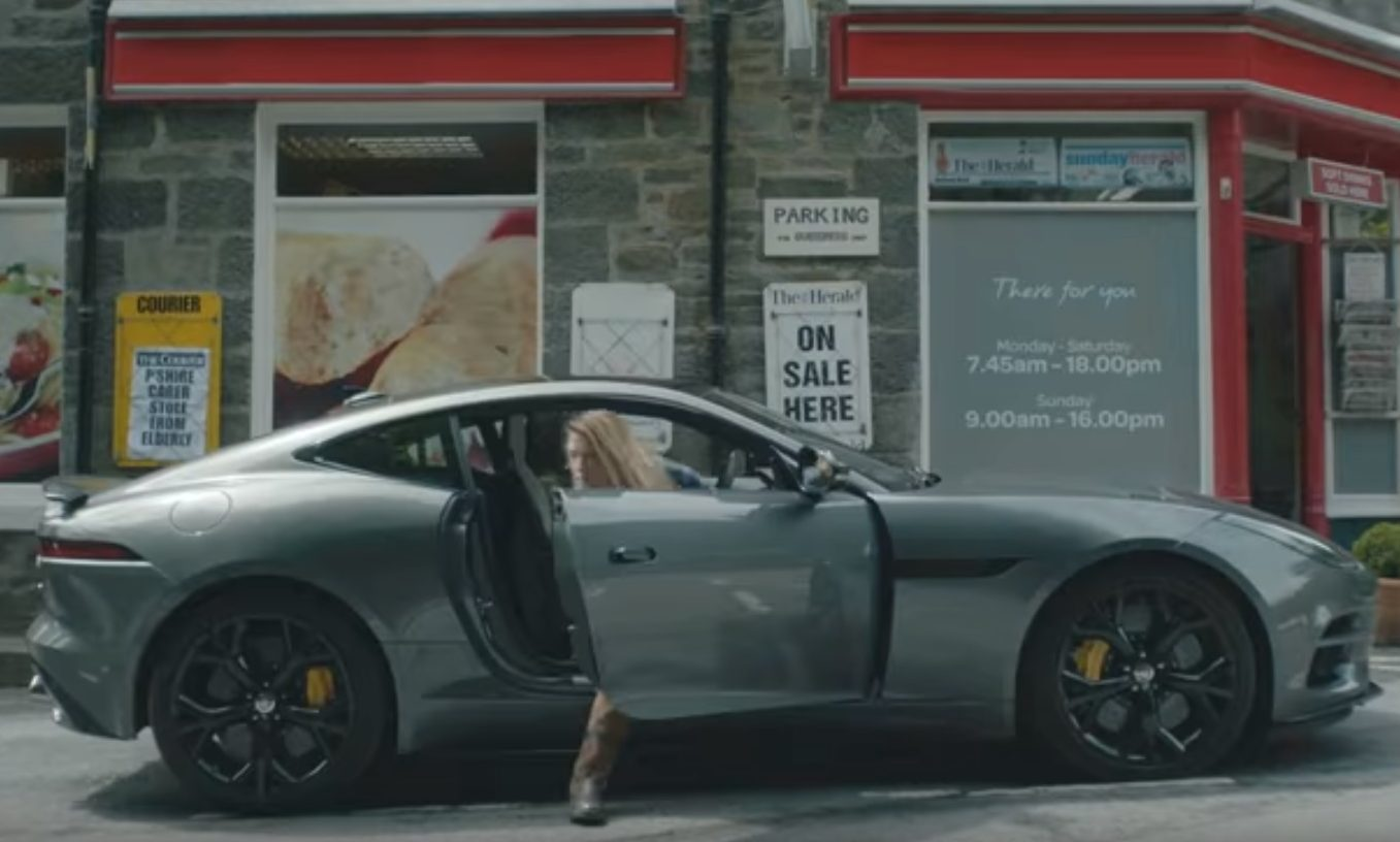 Rebecca and Laura stop outside the Strathtay Spar in the new Jaguar promo