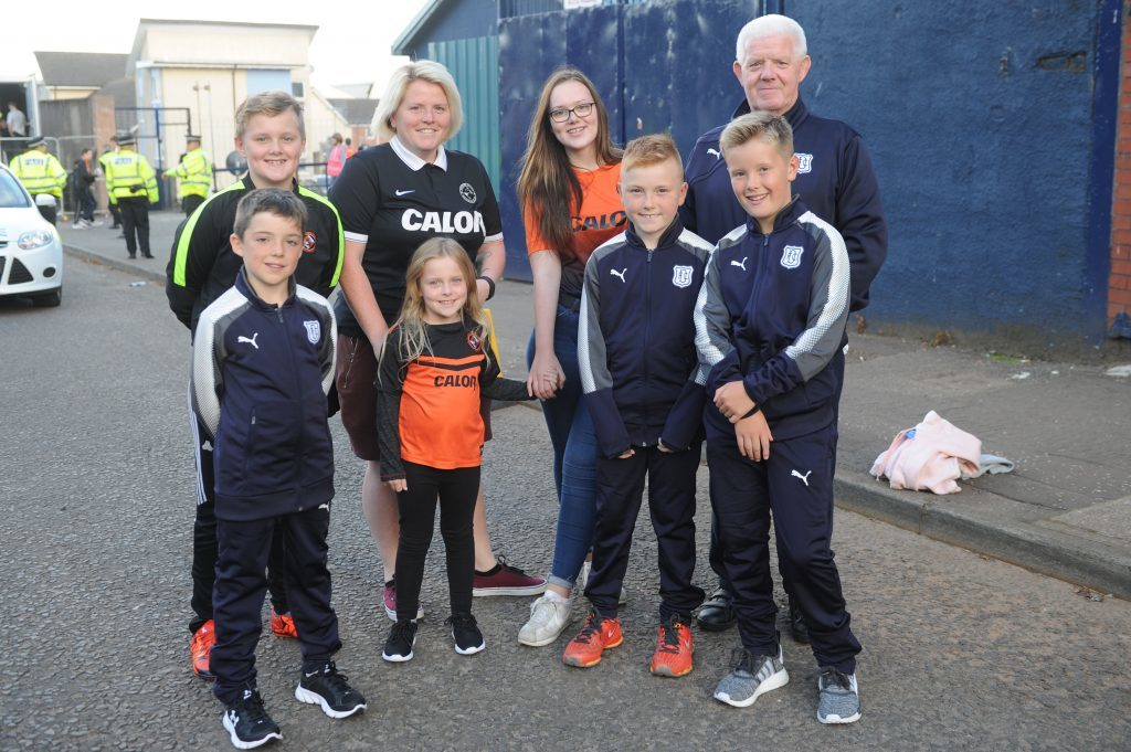 Lewis Gray (12), Owen Middler (10), Judi Young, Millie Whitelaw (8), Katie Gray (14), Mikey Milnes (cq) (10), Lewis Pirie (10) and Alby Forbes before the start of the match, Tannadice Street, Dundee.