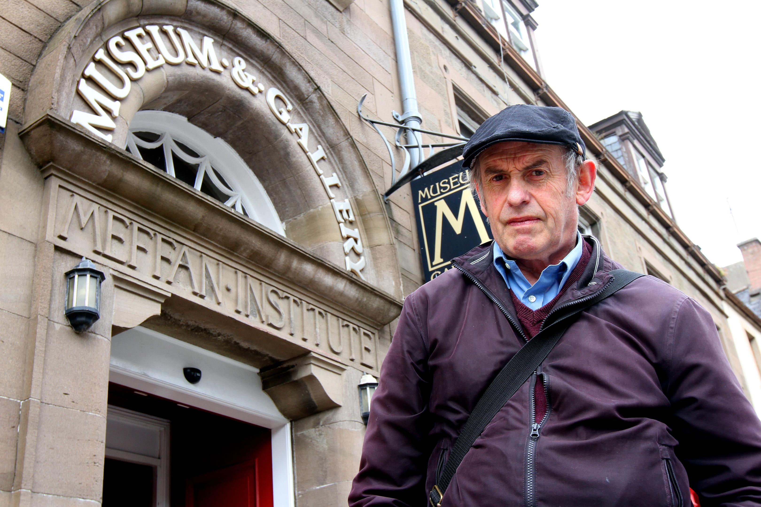 Artist John Johnstone at the  Meffan Institute, Forfar.