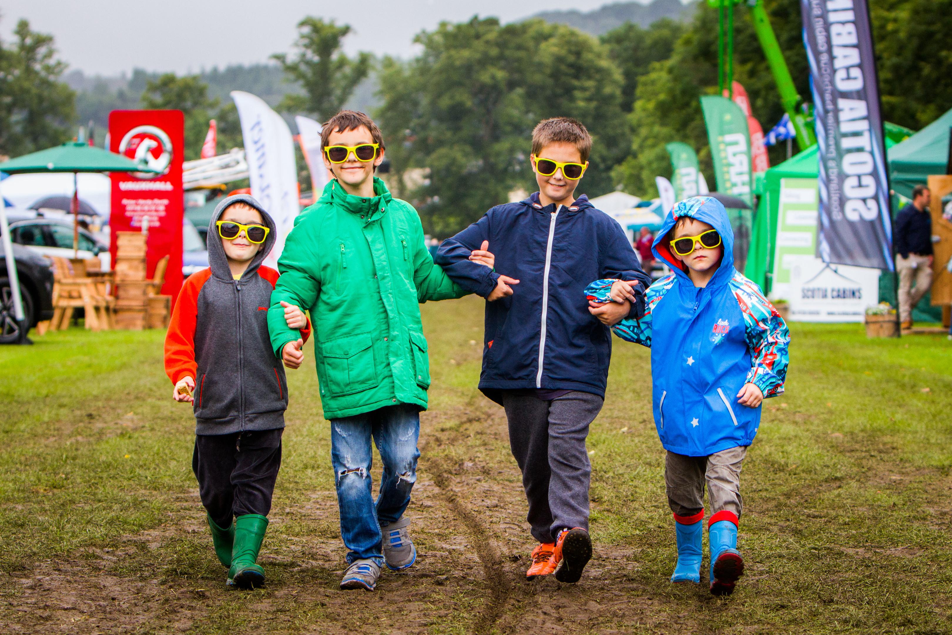 Dilanas Jakstas (aged 5), Patrikas Jakstas (aged 10), Aiden Thompson (aged 13) and Edvardas Jakstas (aged 5) all from Perth.