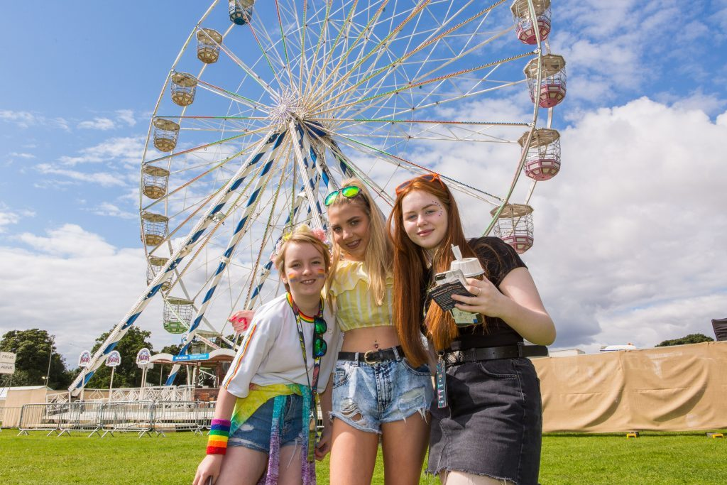 Lia Jane (13), Charly Reilly (14), Sarah McIntosh (13)