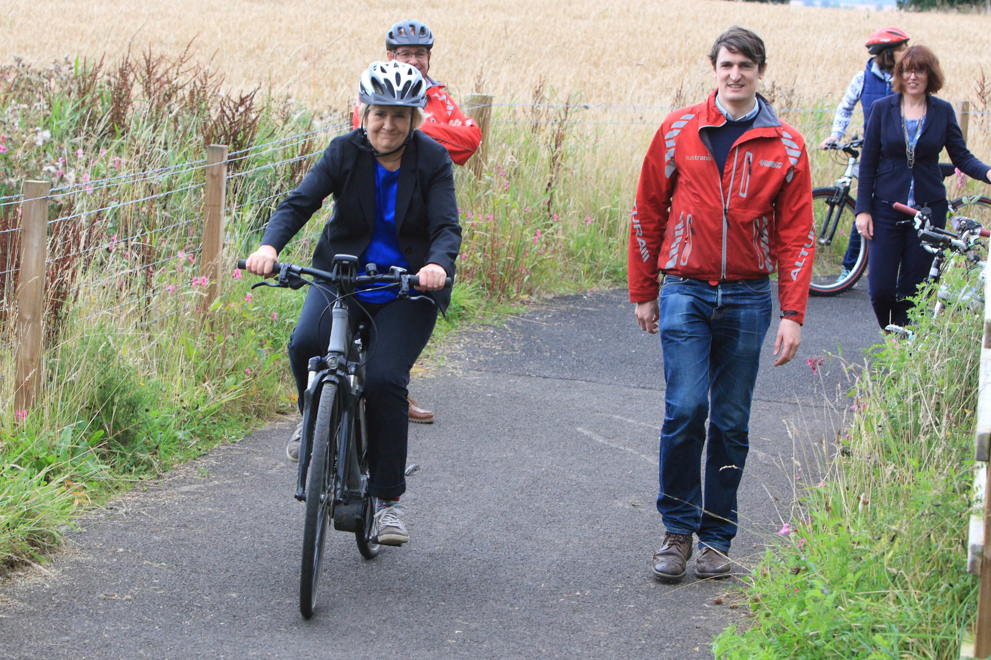 Roseanna Cunningham at Muthill with Simon Strain  of Sustrans.