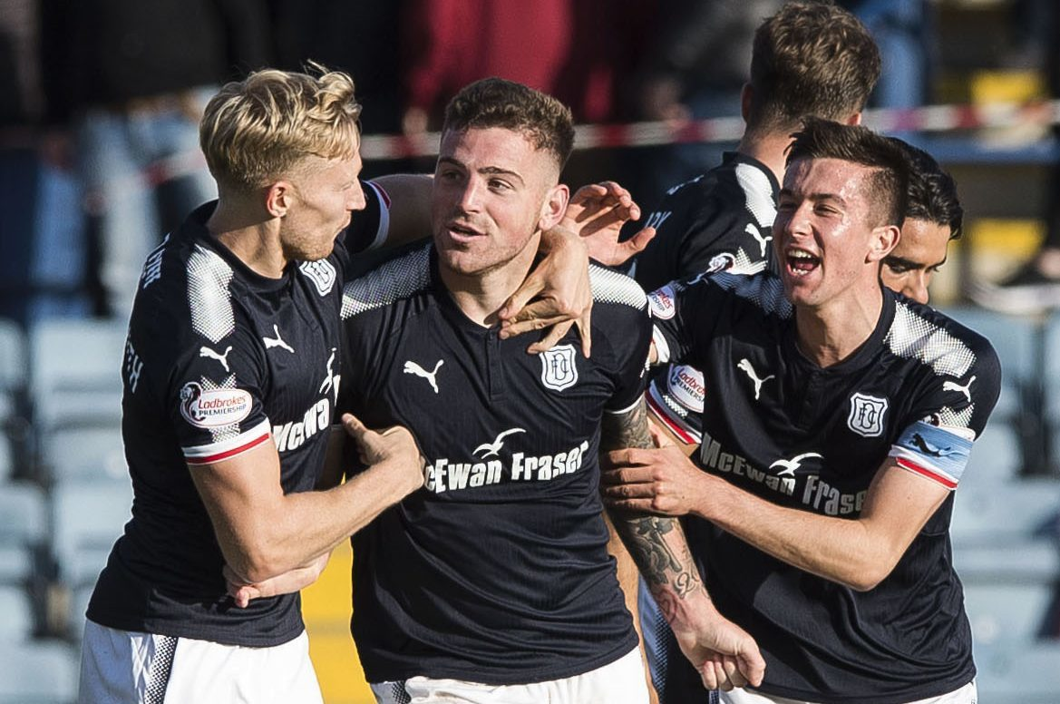 Kerr Waddell celebrates his winner against Hearts in the last league game at Dens in 2017.
