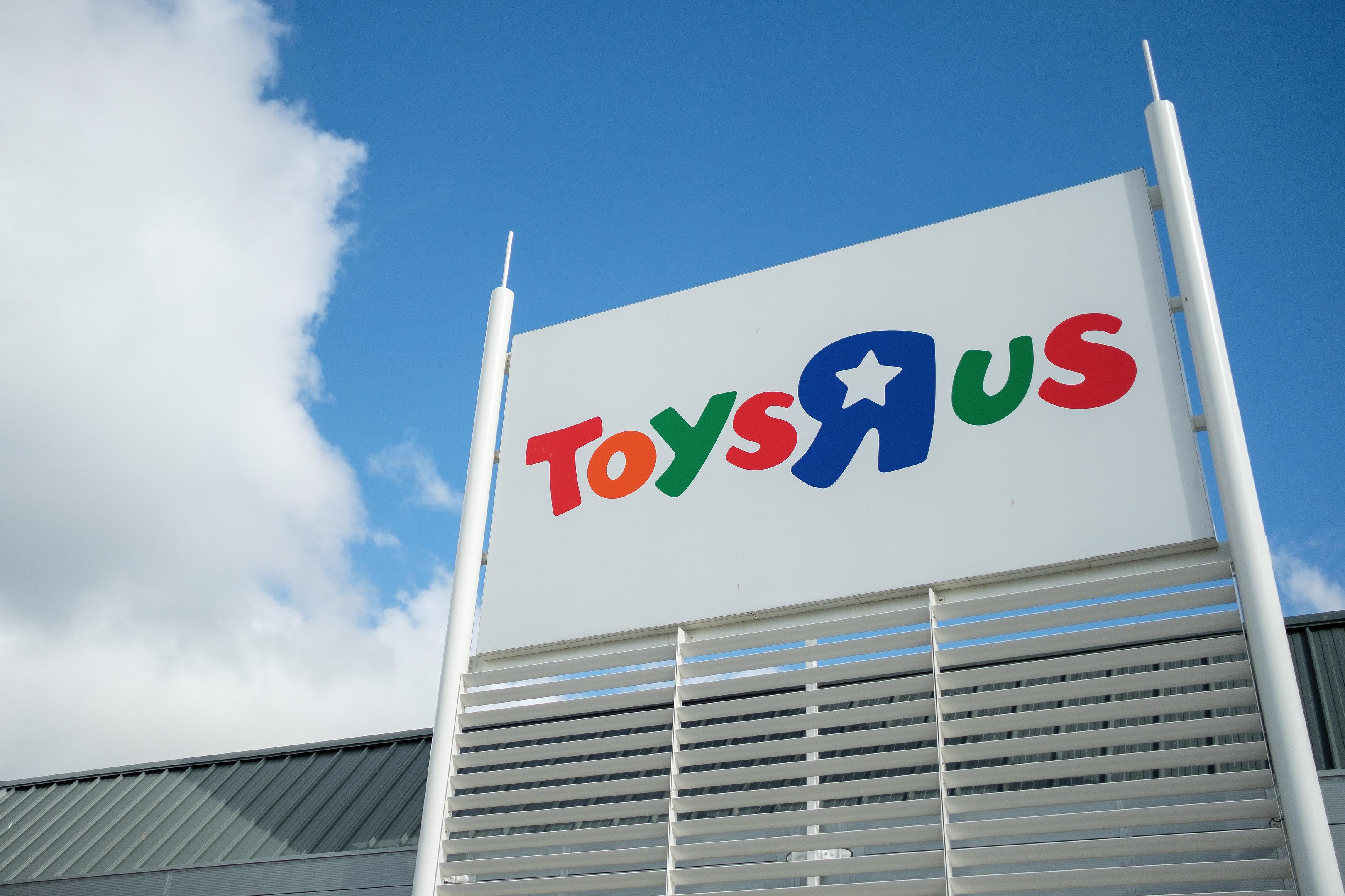 Toys R Us in Kirkcaldy