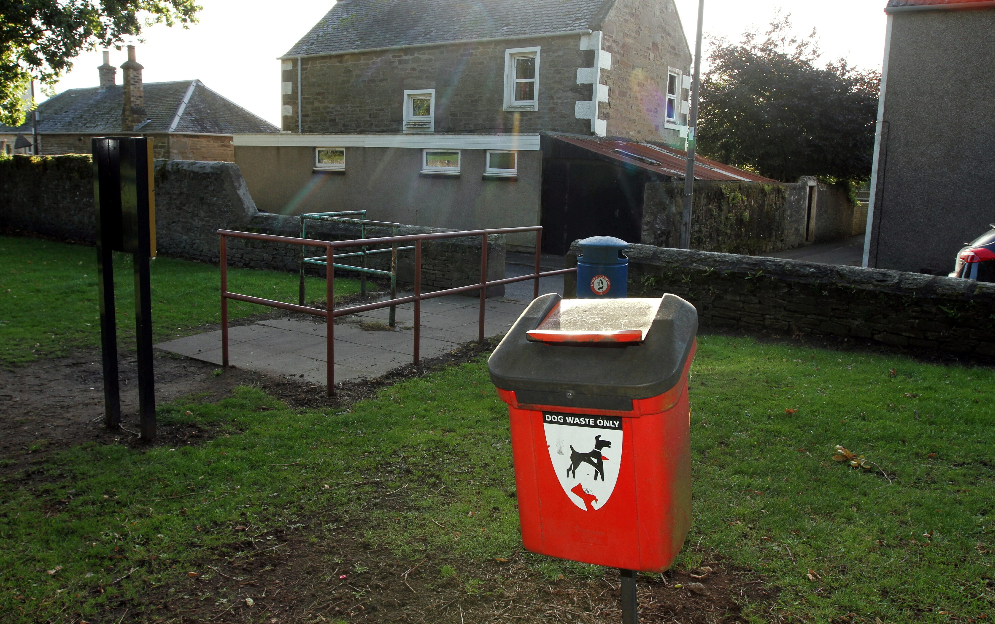 The 'poo fight' occurred near the entrance to Carnoustie House Grounds
