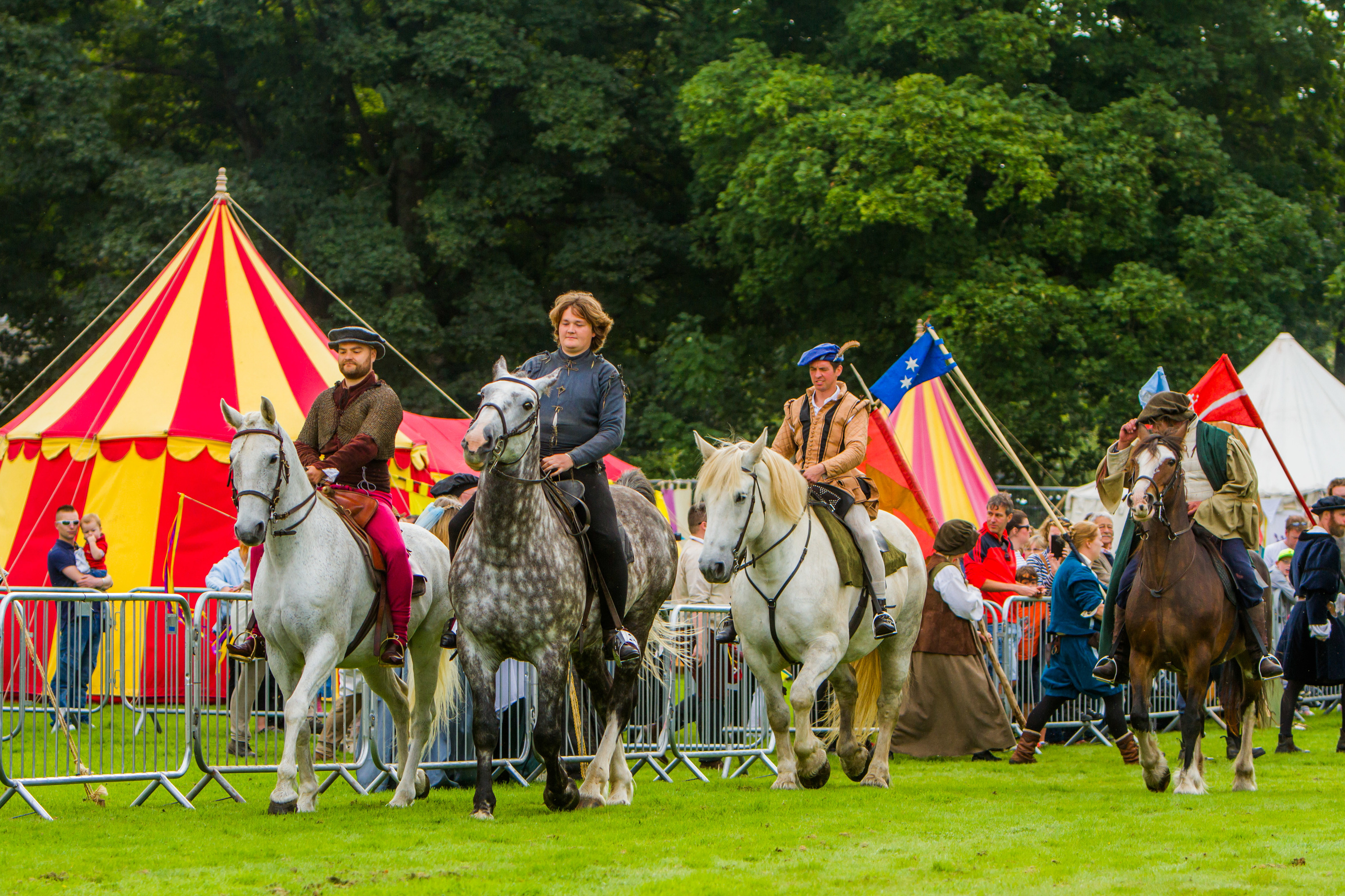 Horse skills from the Clanranald riders.