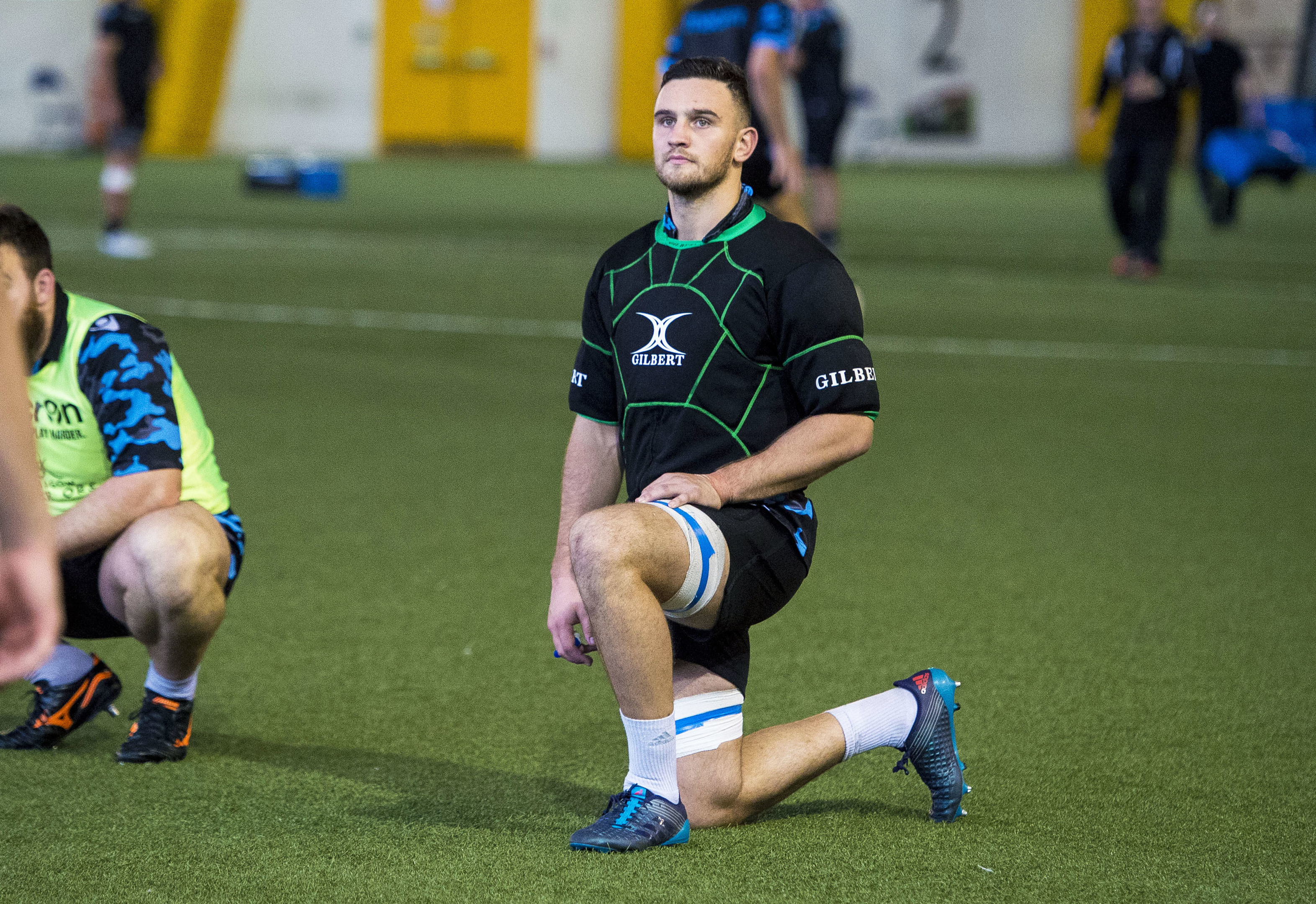 Adam Asheshould be retained in Glasgow's squad for Lyon this week.