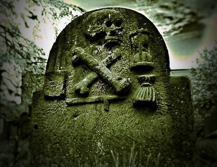 A maltman's tombstone in Dundee Howff