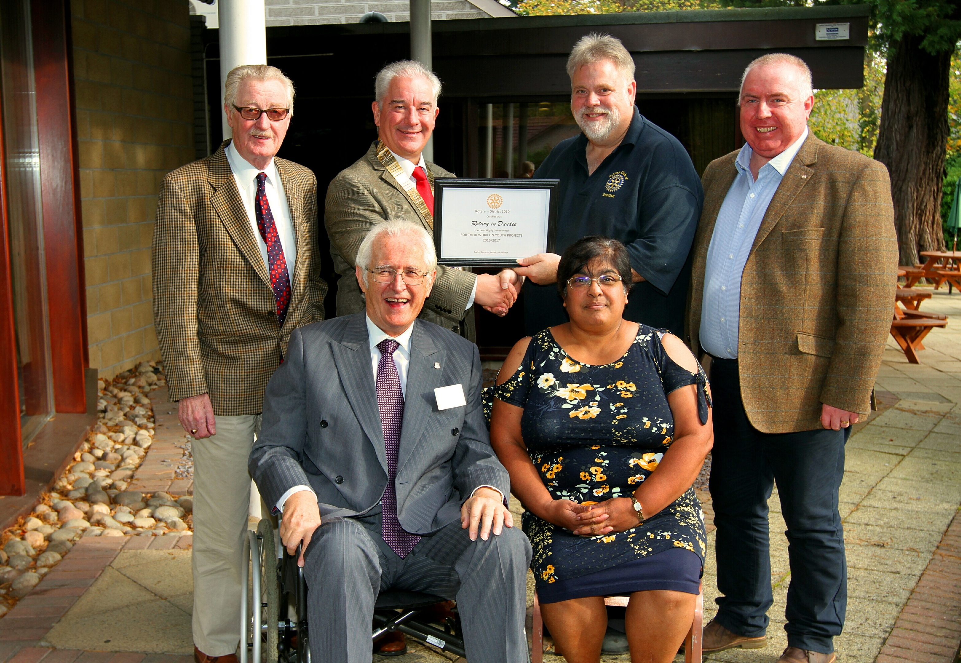 John Watson,  president of Abertay Rotary, Brian Smith, president Dundee Rotary Club , Tim Baker, youth co ordinator of the district, Derrick Lang, vice president of Monifieth district, Ivor Morton, past president of Claverhouse Rotary Club and Pam Kelly, president of Dundee Discovery Rotary Club