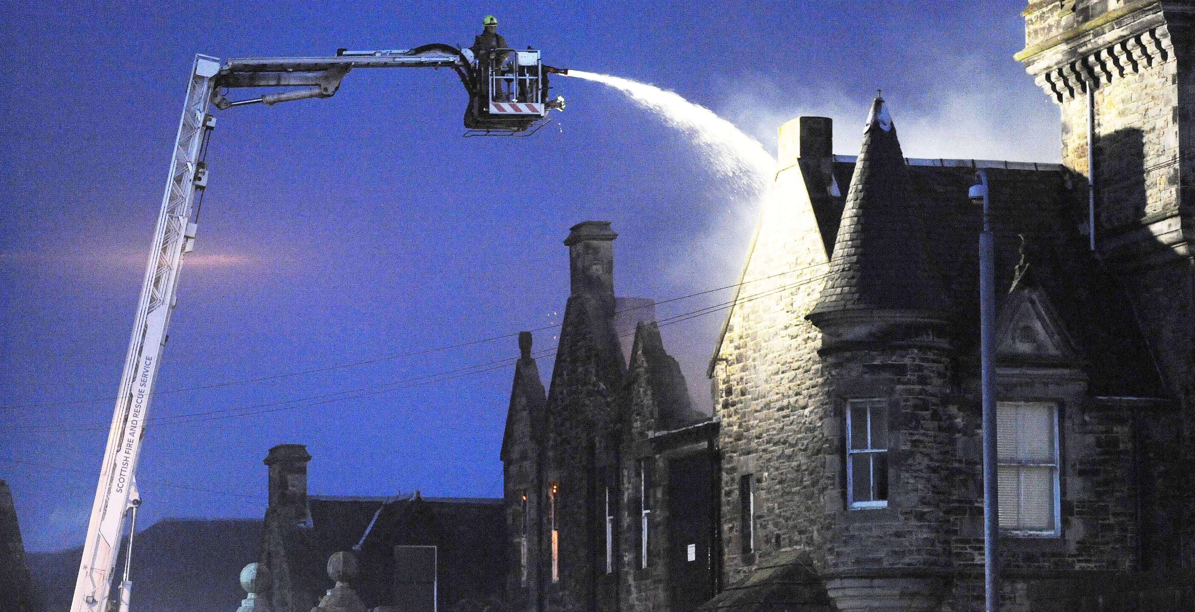 Fire at the old Viewforth High School in Kirkcaldy.