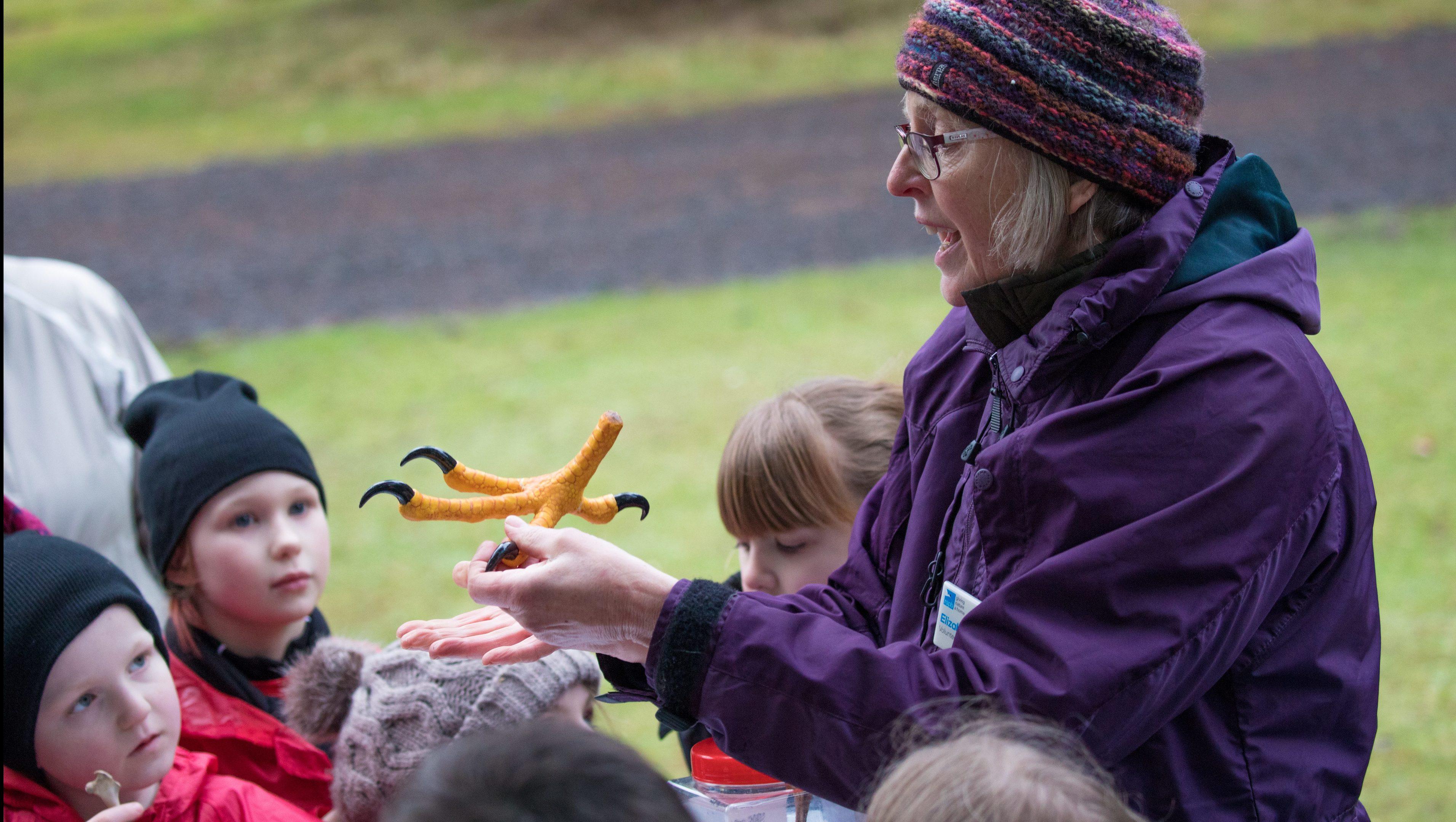 Elizabeth teaching children about sea eagles