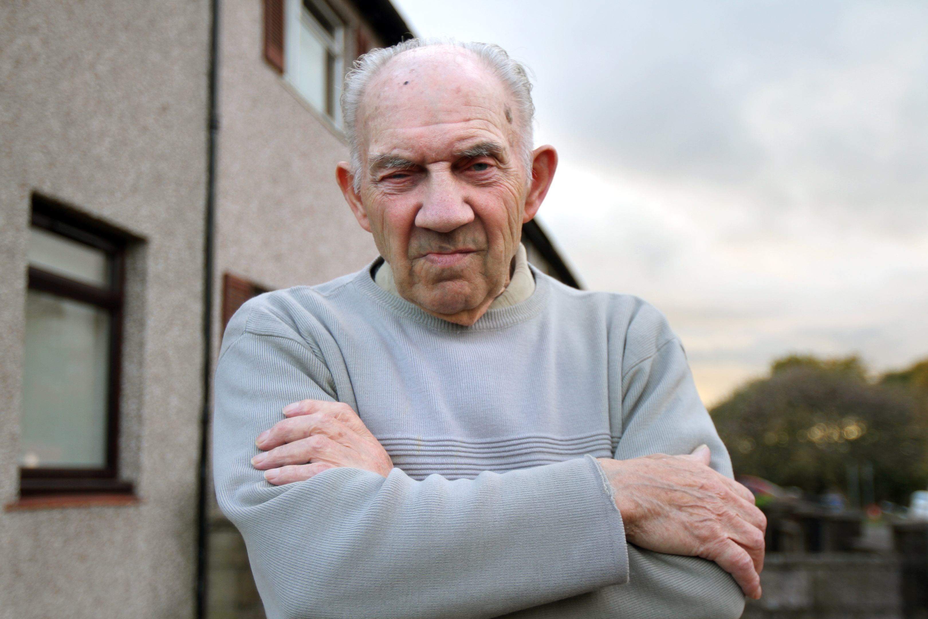 Dundee granddad Charles White, 84, issued a warning after turning away a group of bogus workmen