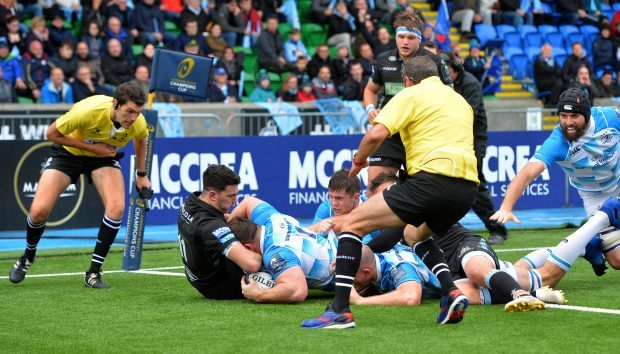 Cian Healy scores his second try after the Leinster maul demolished Glasgow's defence.