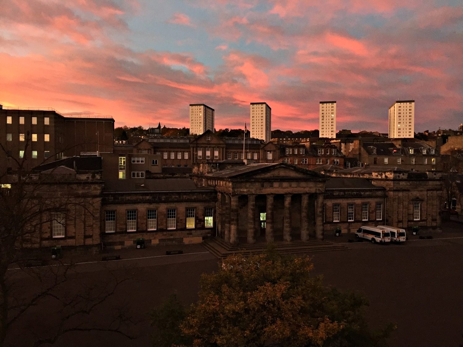 The sunset in Dundee