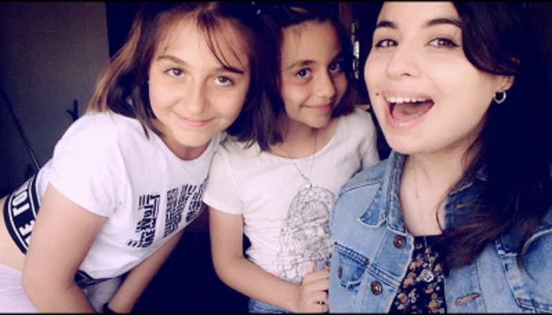 Laura (left) with her cousins Mera and Maria
