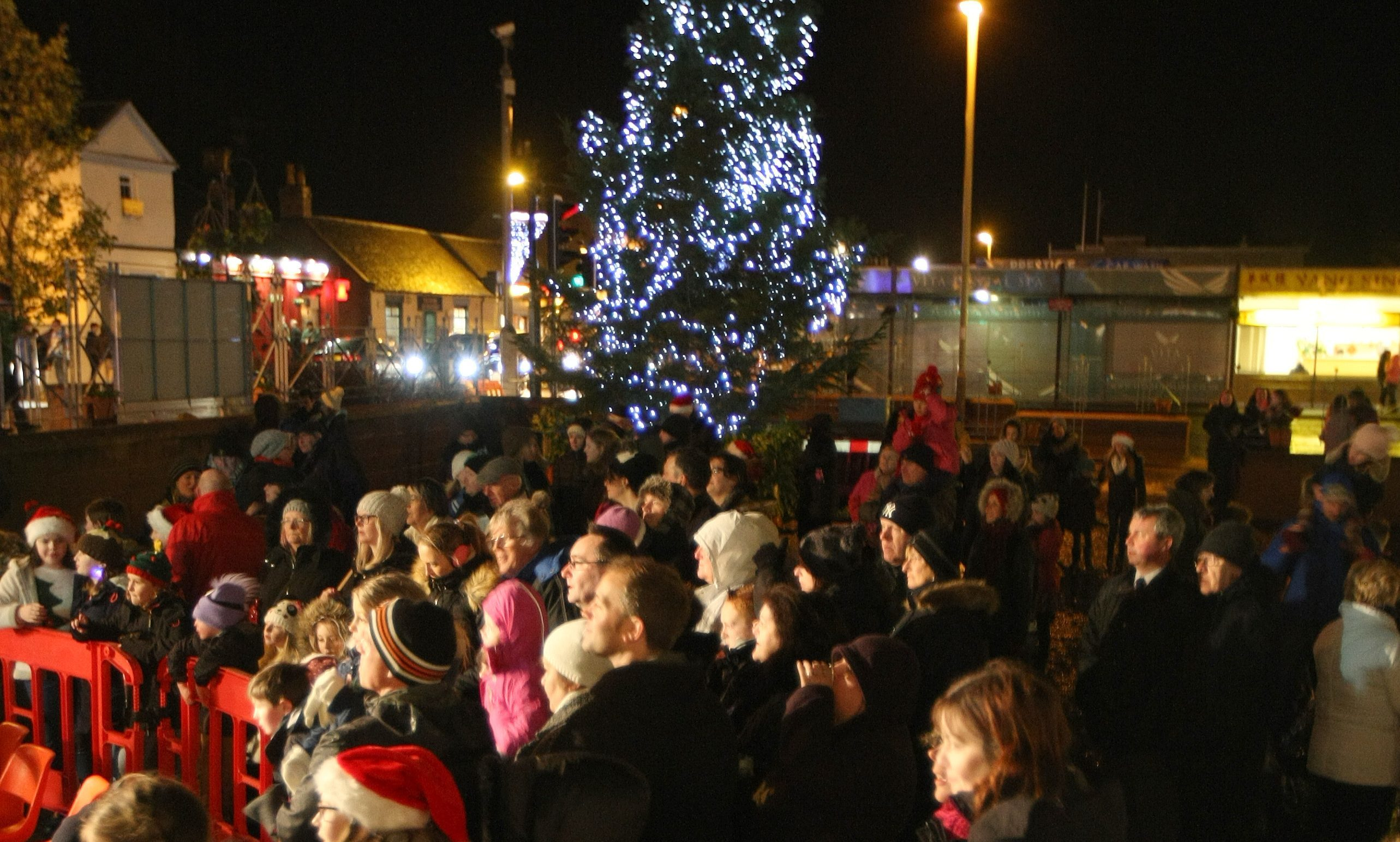 Crowd gathered for last year's Christmas lights switch-on in Monifieth.