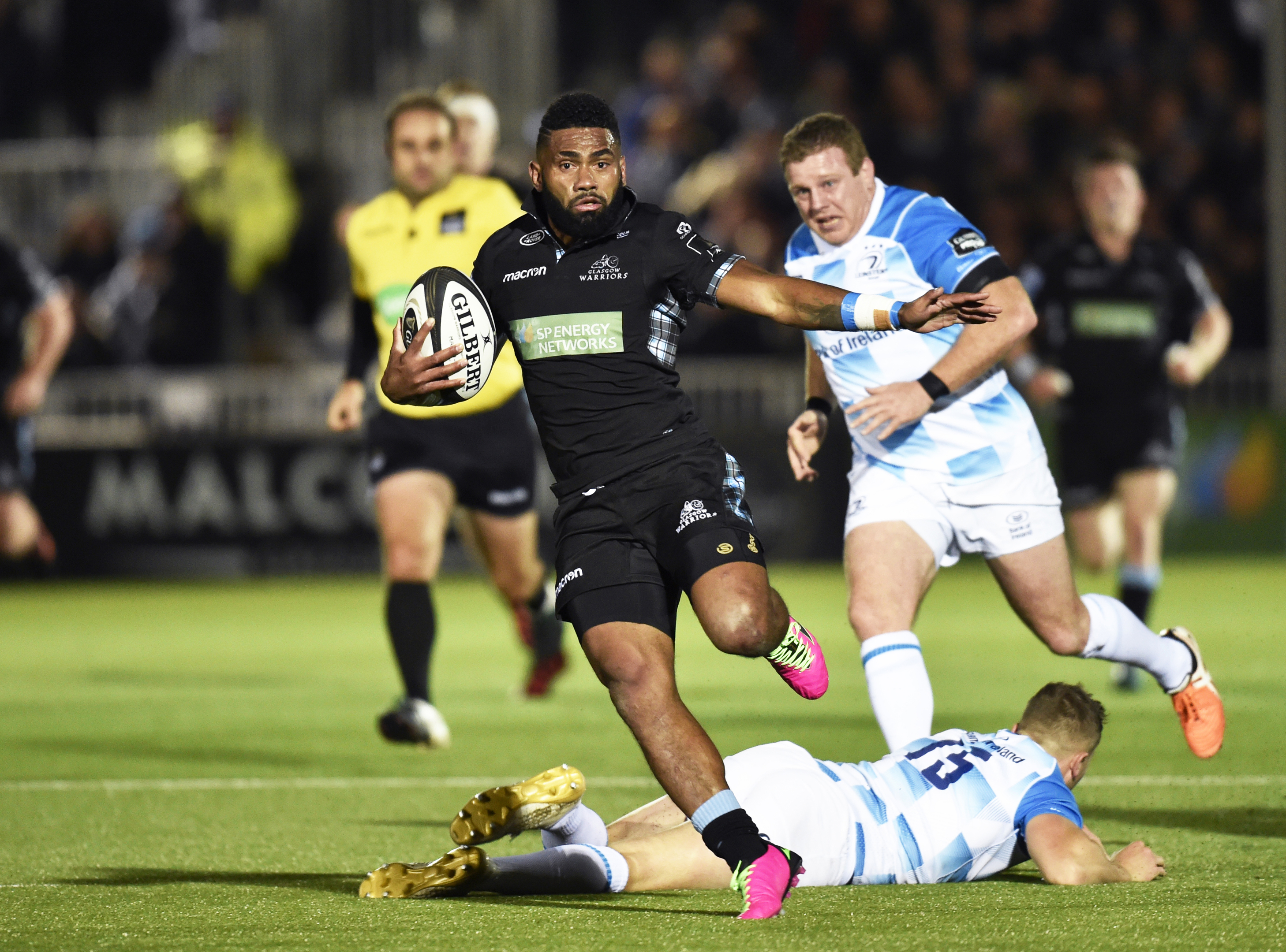 Niko Matawalu on his thrilling run before setting up Glasgow's fourth try for Nick Grigg.