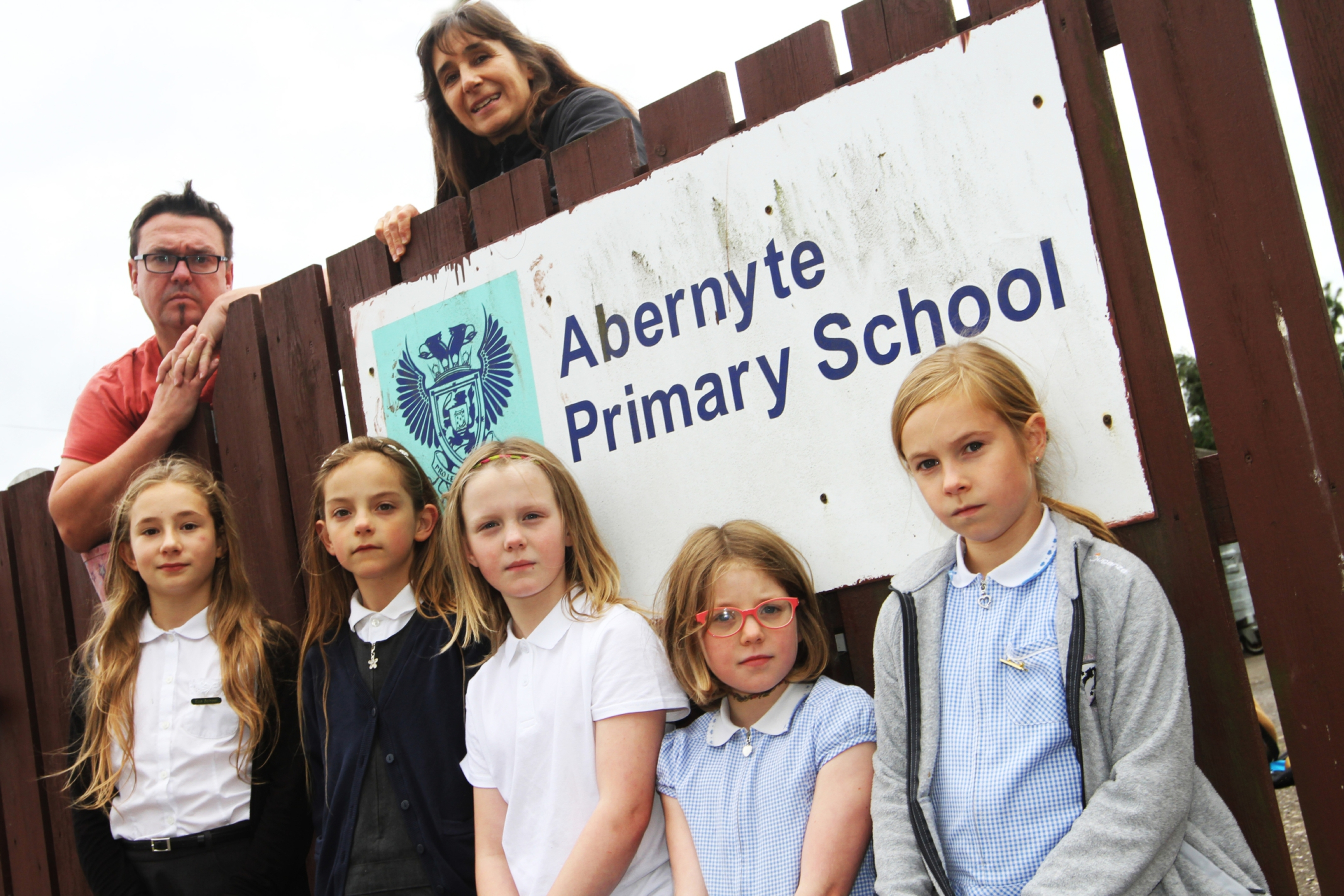 Chairman and Treasurer of the Parents Council Gerard McGoldrick and Claudia Lacoux with front l to r, Elle Lacoux, 10, Lucy MacGregor, 8, Anna McGoldrick, 9, Bea Meldrum, 9, Maya King, 9.