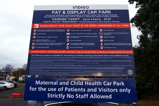 Bill Bowman MSP wants the Scottish Goverment to look at ending car park charges at Ninewells Hospital.