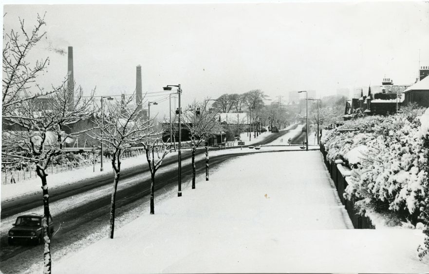 A shot taken at Dundee Road West, looking towards Ferry Road. 10/1/1979.