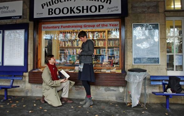 Teddy Warren proposes to Hadley McPherson on the platform at Pitlochry Station.
