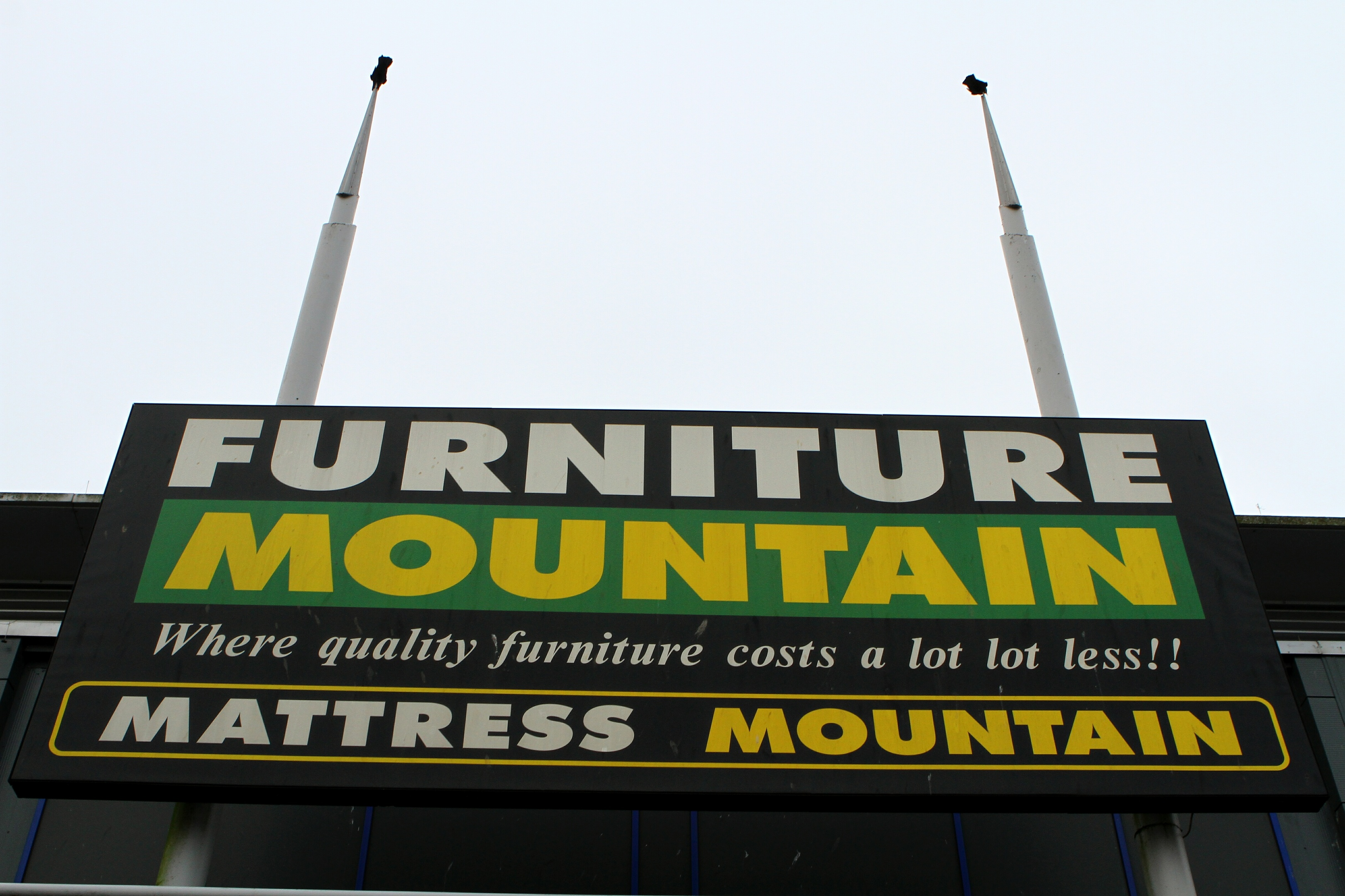 Furniture Mountain has closed unexpectedly in the Kingsway retail park