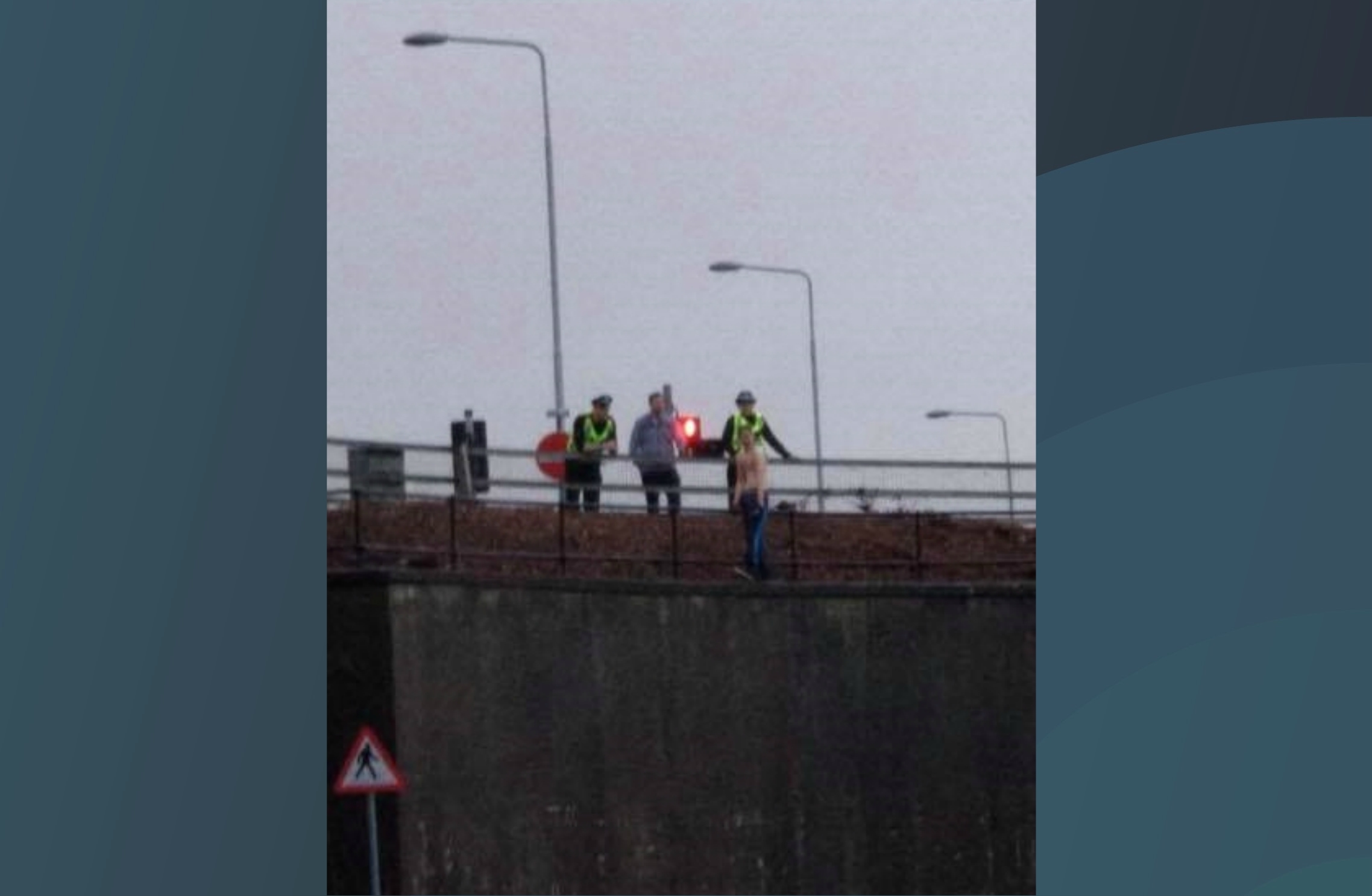The stand-off at Dunfermline Retail Park